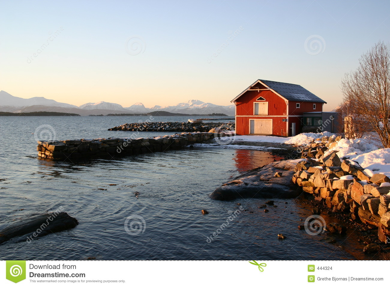 Christmas In Norway.Cold Christmas In Norway Stock Photo Image Of Seaside 444324