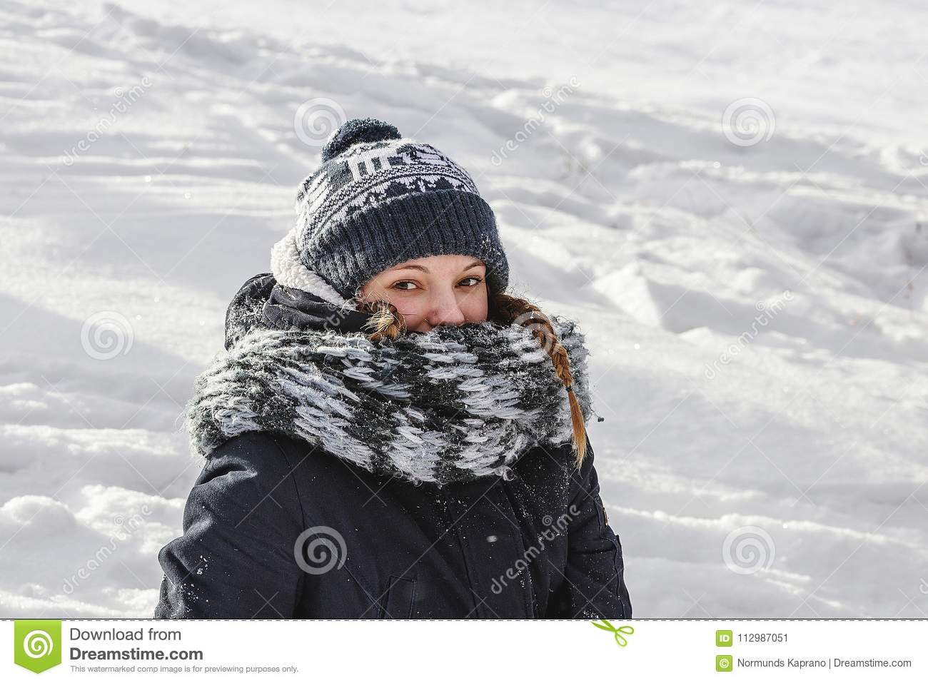 Girl in grey abouting