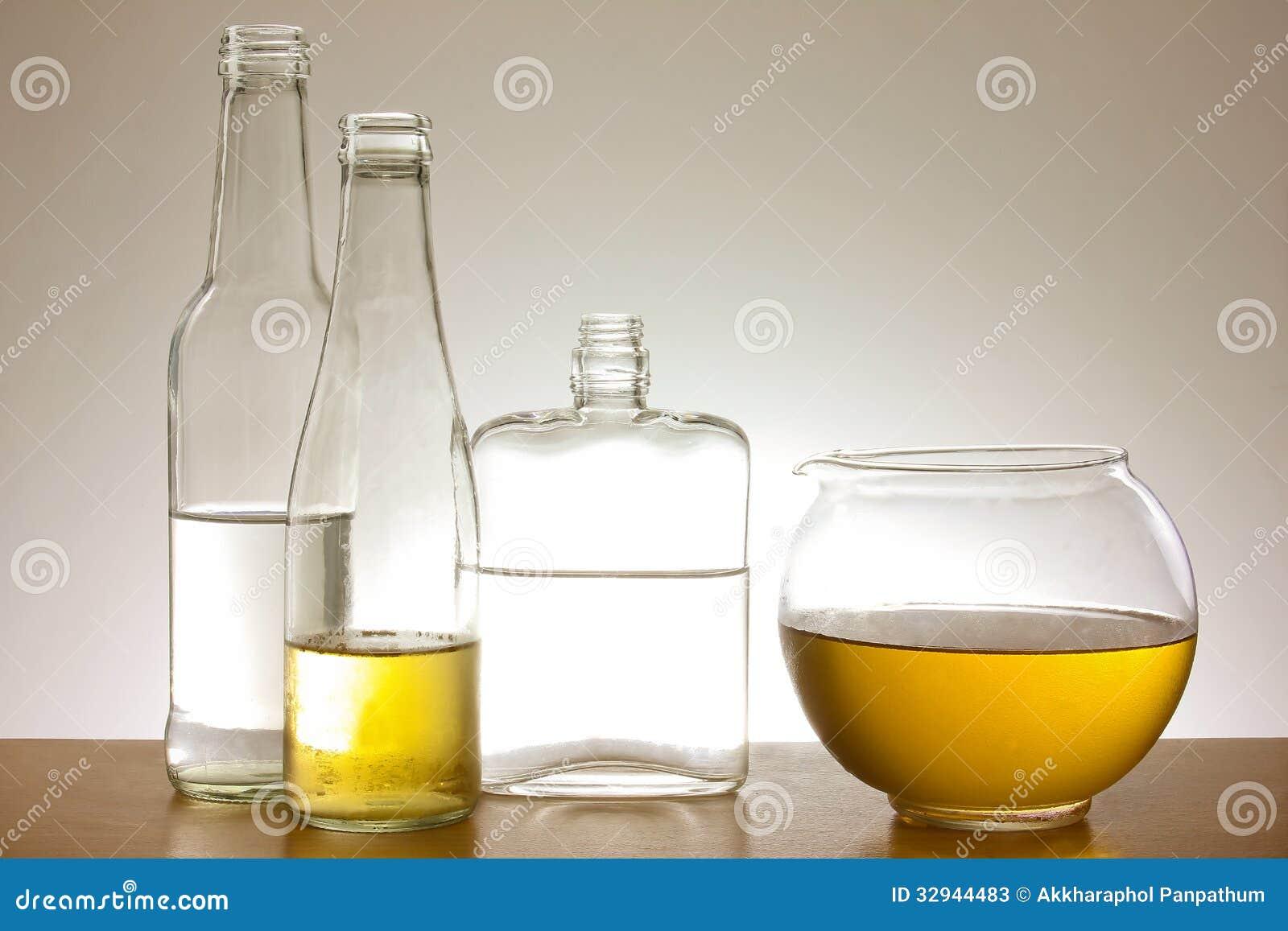 Coleção de garrafas de vidro
