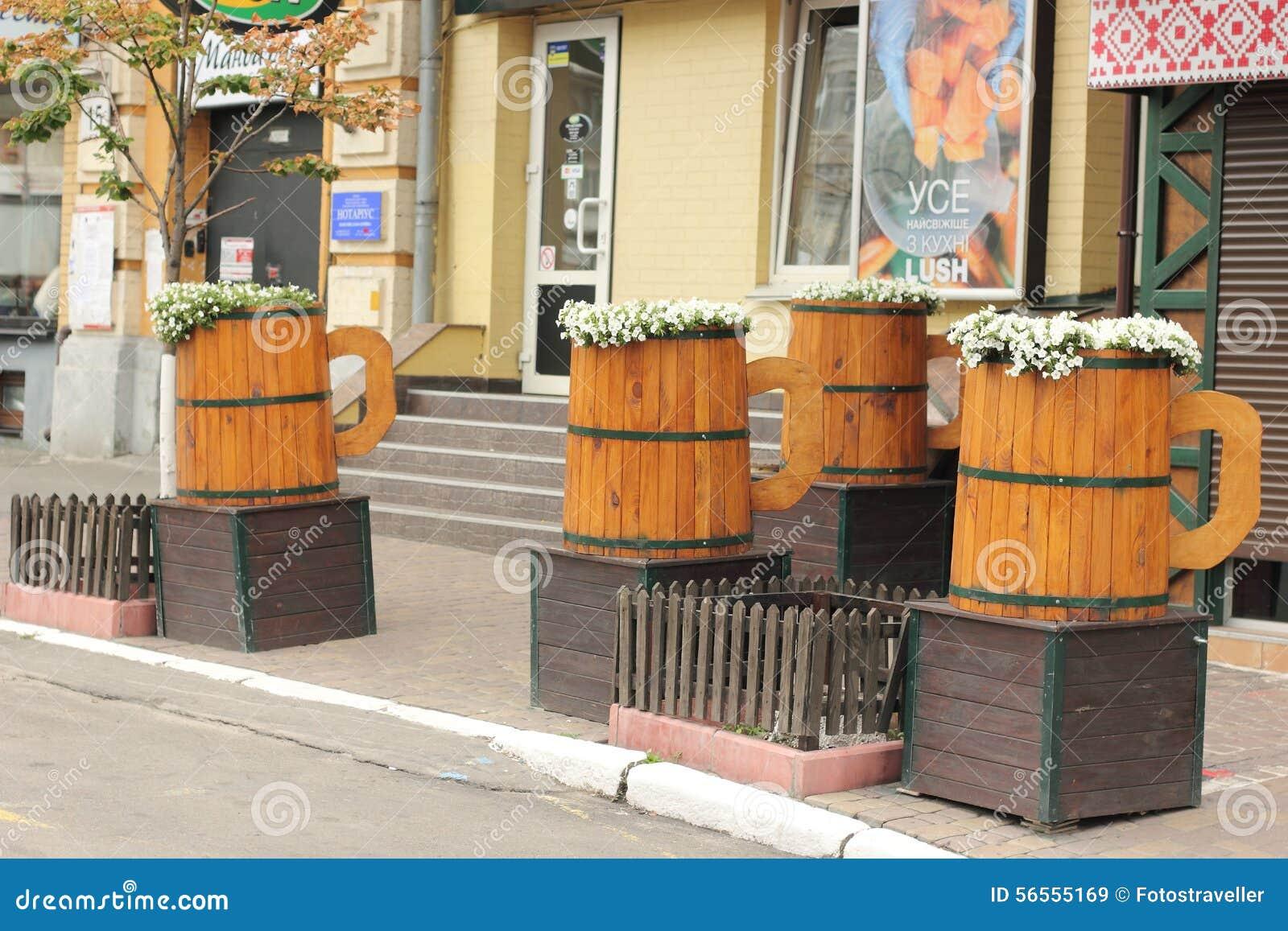 Download Coleus σπορείων ανθίζει άλλων Pansies Εκδοτική Στοκ Εικόνα - εικόνα από διακοσμητικός, φρέσκος: 56555169
