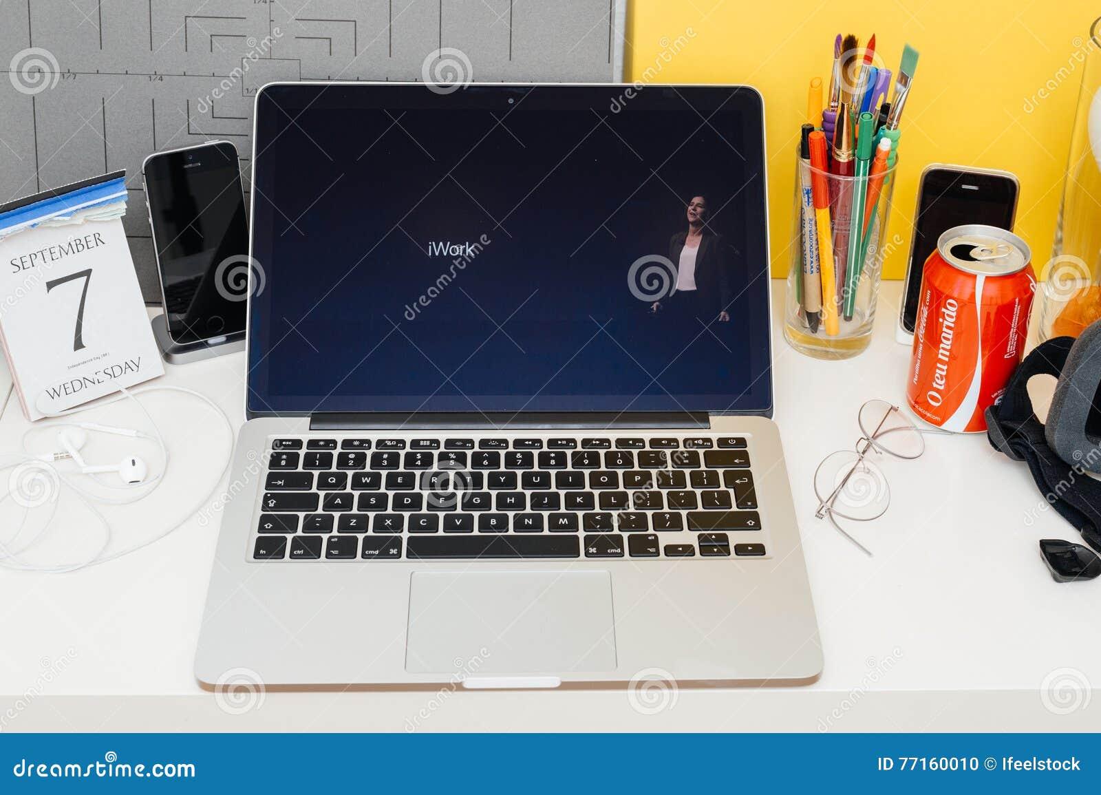 Collaboration de présentation d iWork de site Web d ordinateurs Apple