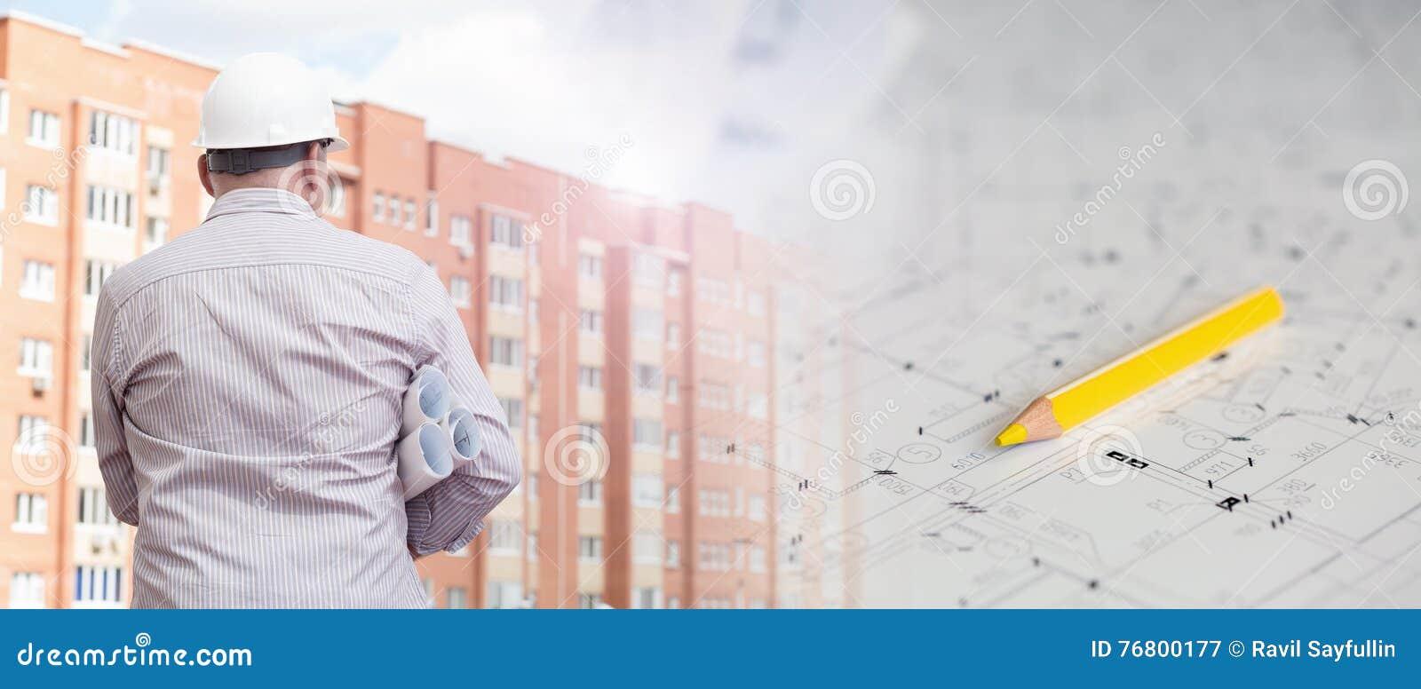 Collage avec des plans de construction et des modèles de examen d un ingénieur