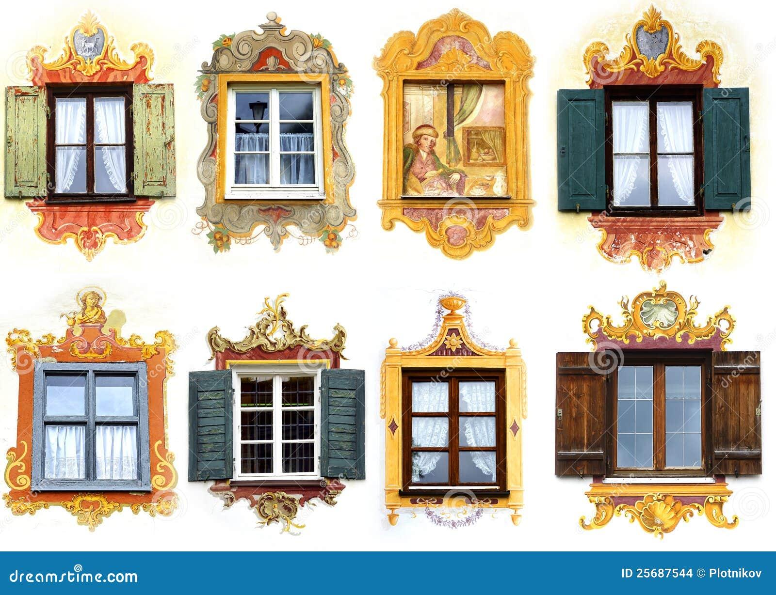 Collage de la ventana nica antigua oberammergau foto de for Puertas coloniales antiguas