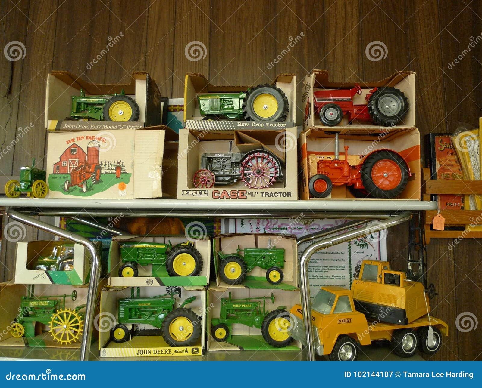 Toys Old Metal Farm Tractors Ertl Case Ih John Deere Editorial Photography Image Of America Junk 102144107