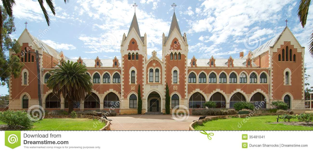 Date my school in Perth