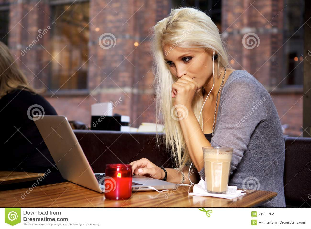 College student on cafe