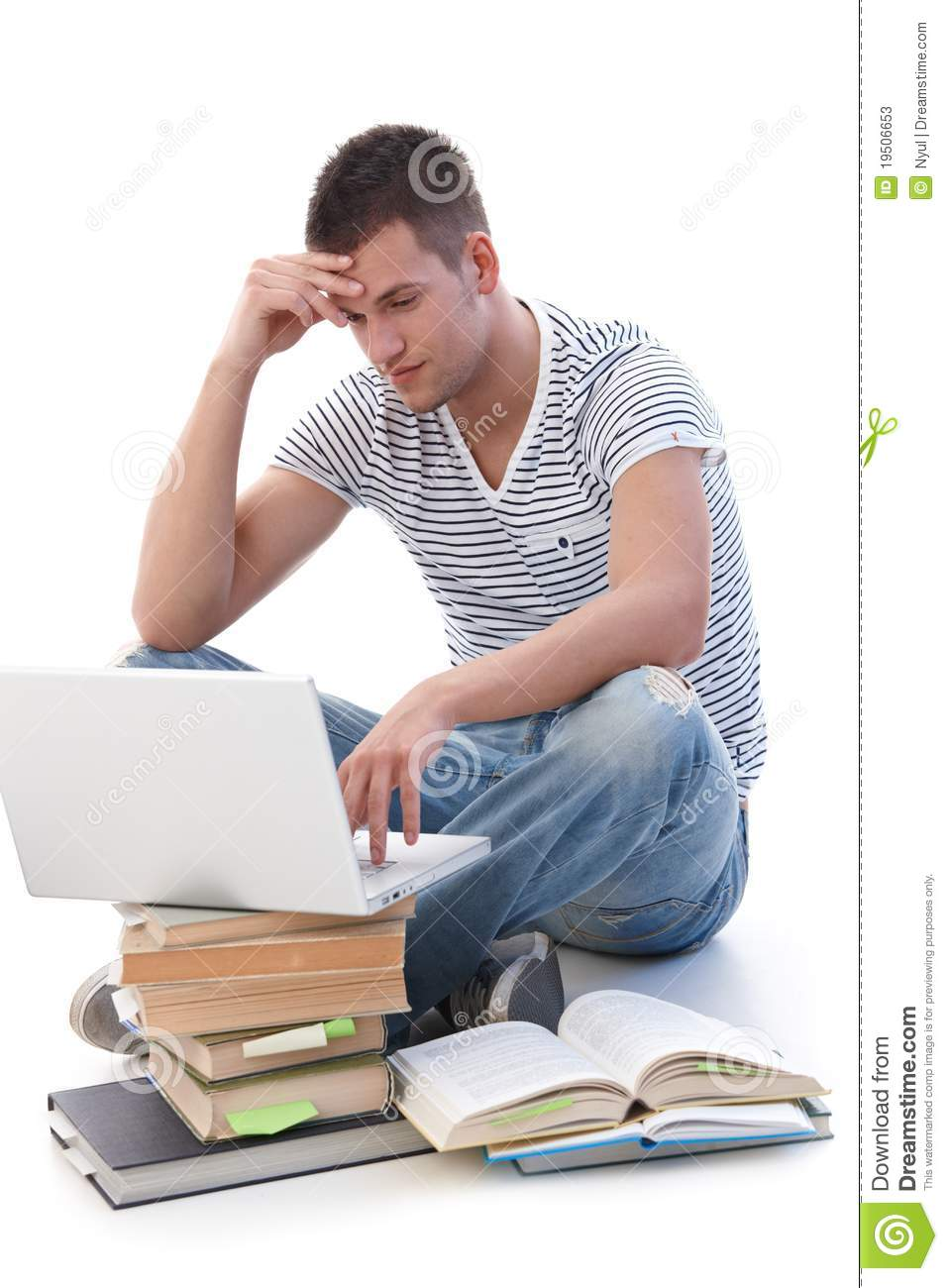 Pay for Essay Writing and Get the Amazing Paper from Expert Essay Writer