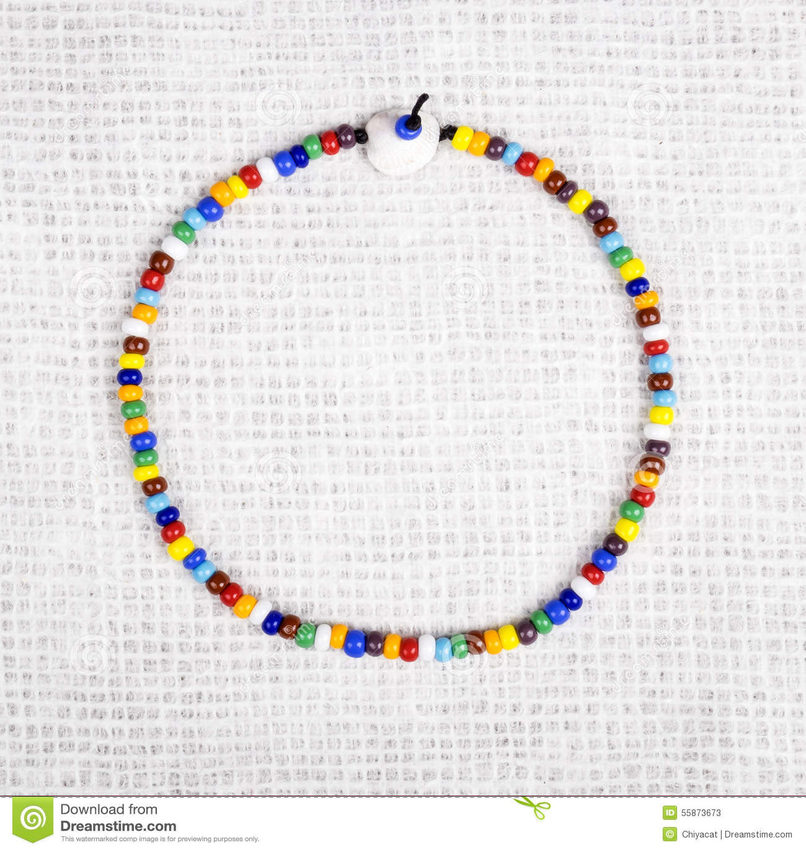 collier de perle plastique