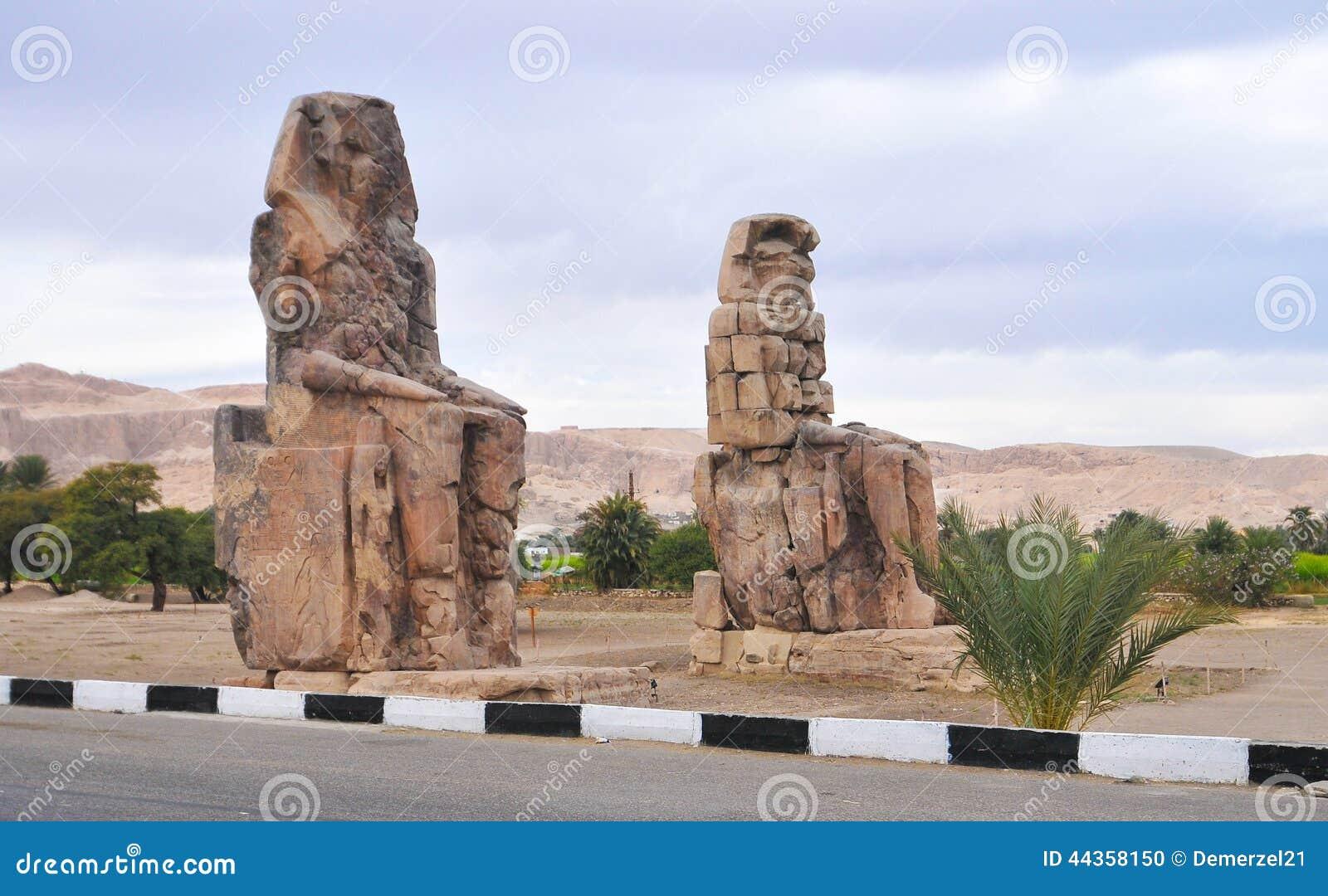 Collosi di Memnon - Luxor, Egitto