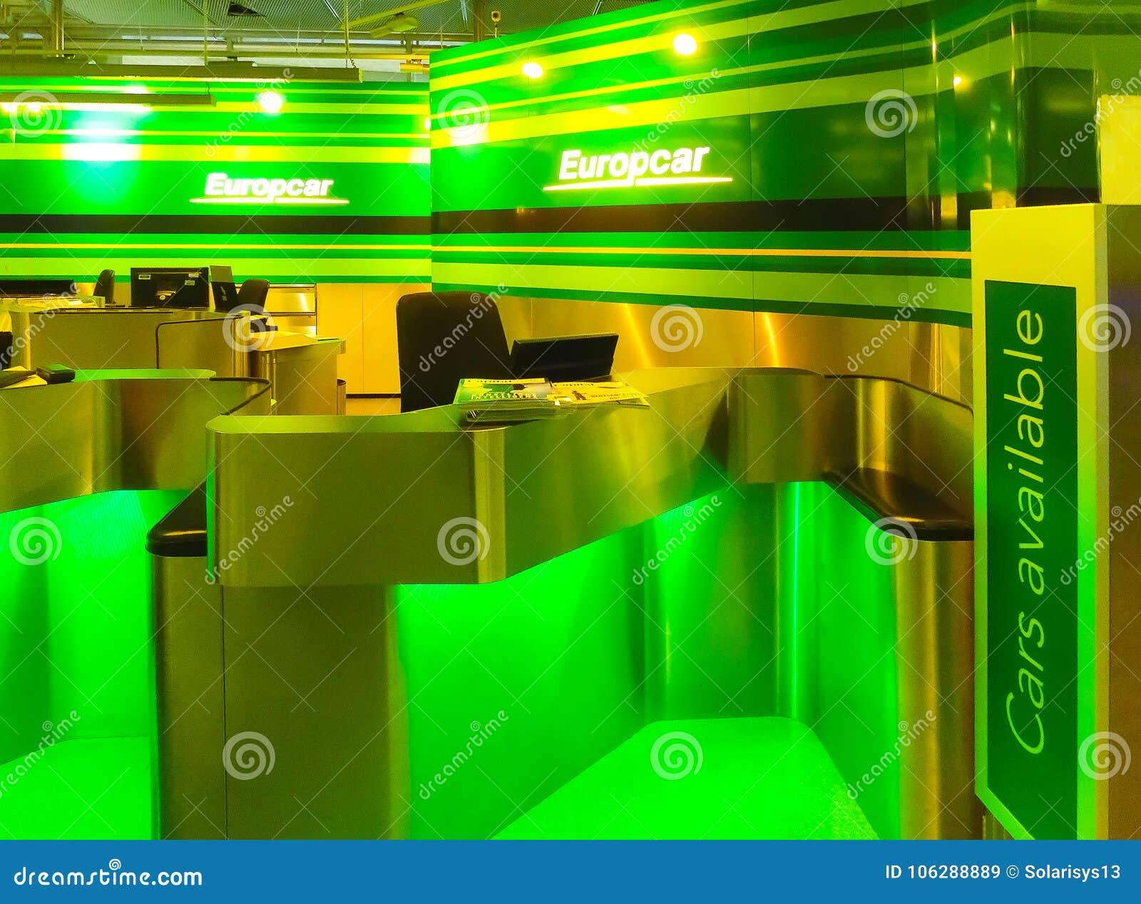 Cologne Germany December 12 2017 Europcar Car Rental Employee