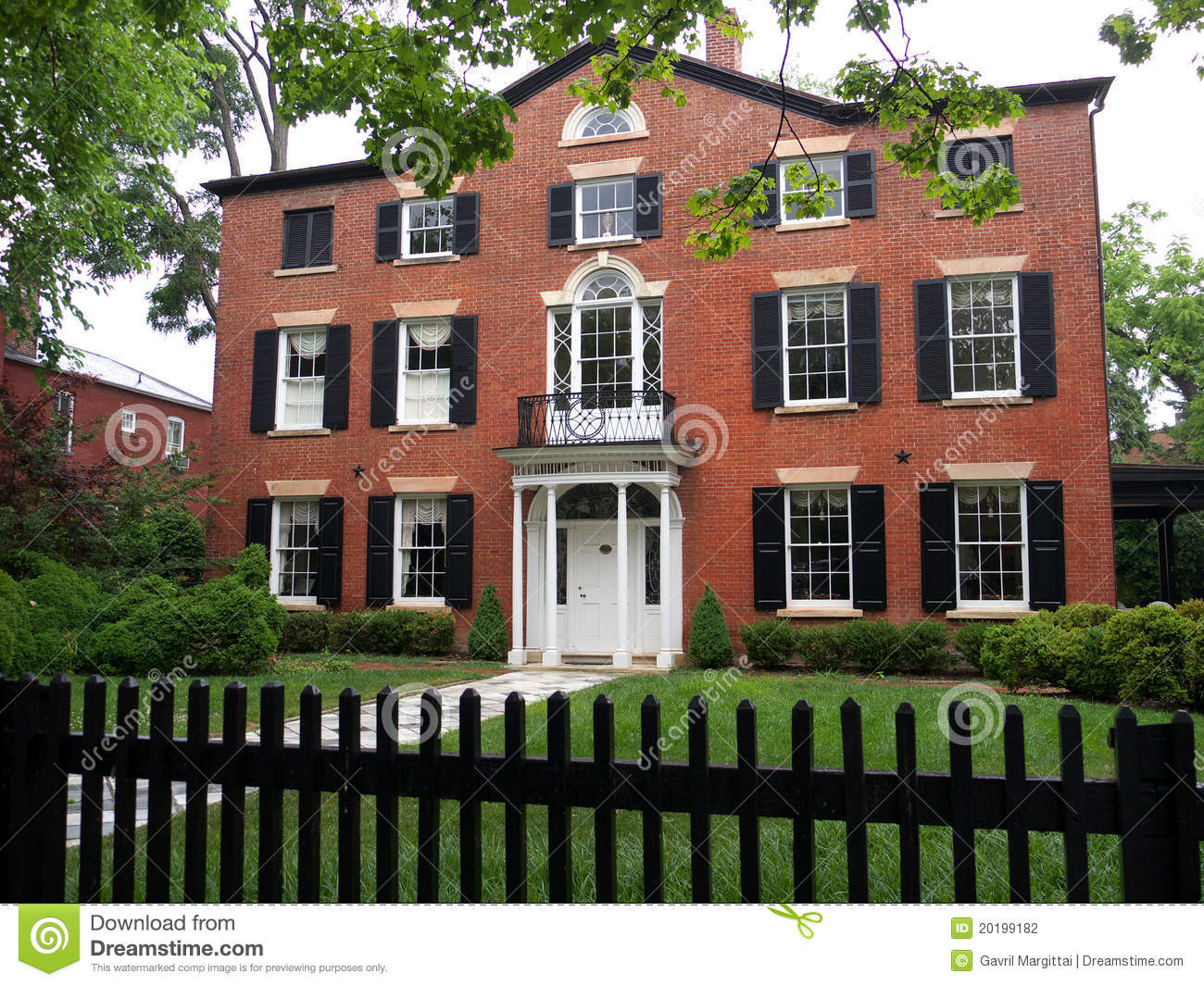 Colonial house with brick walls stock photo image of for Colonial brick