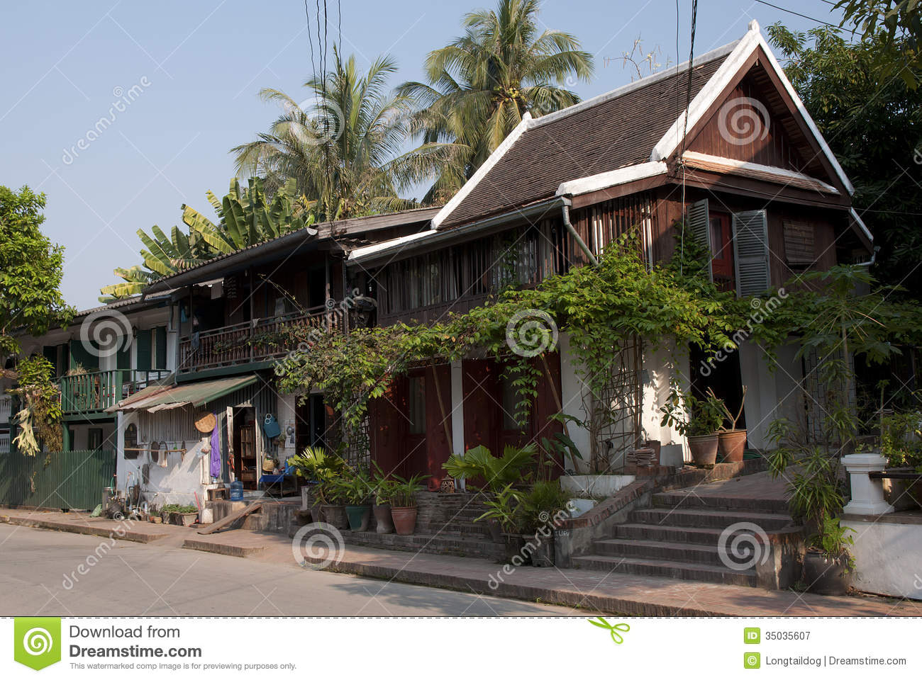 Colonial houses of merchants on the downtown street of - Maison style colonial bois ...