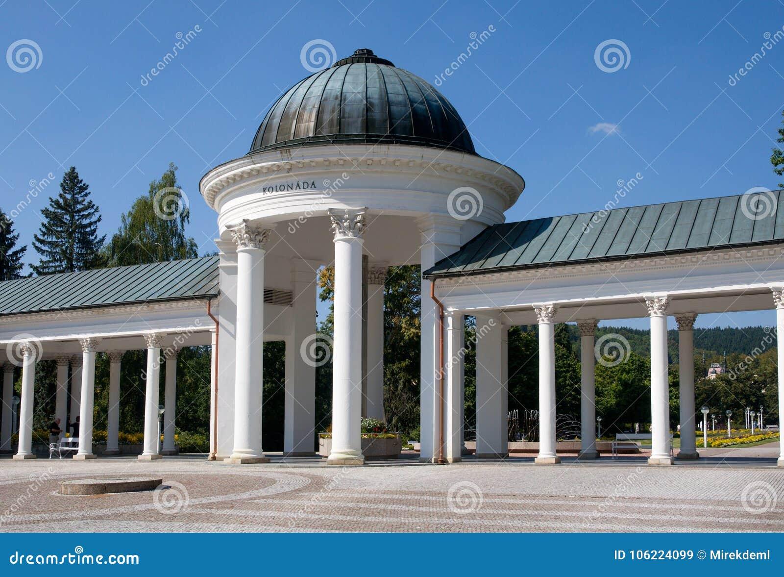 Colonnade in Marianske Lazne, Westelijke Bohemen, Tsjechische republiek