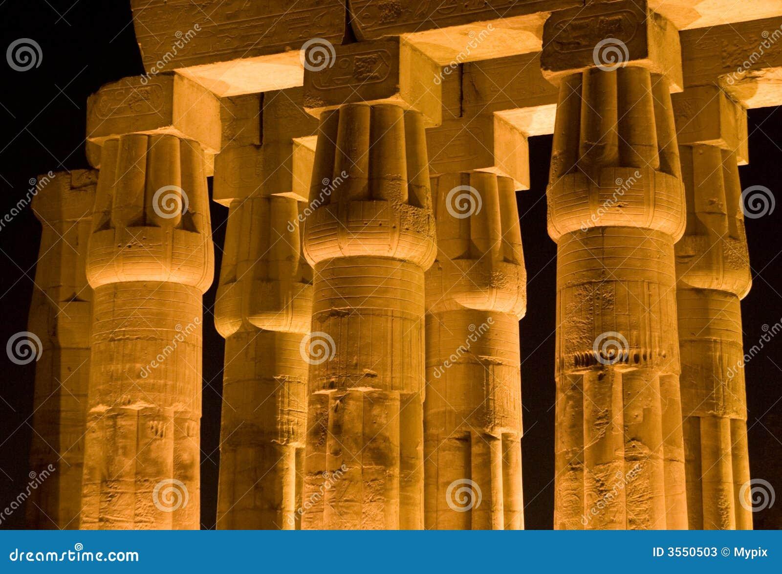 Colonne del tempiale di Luxor