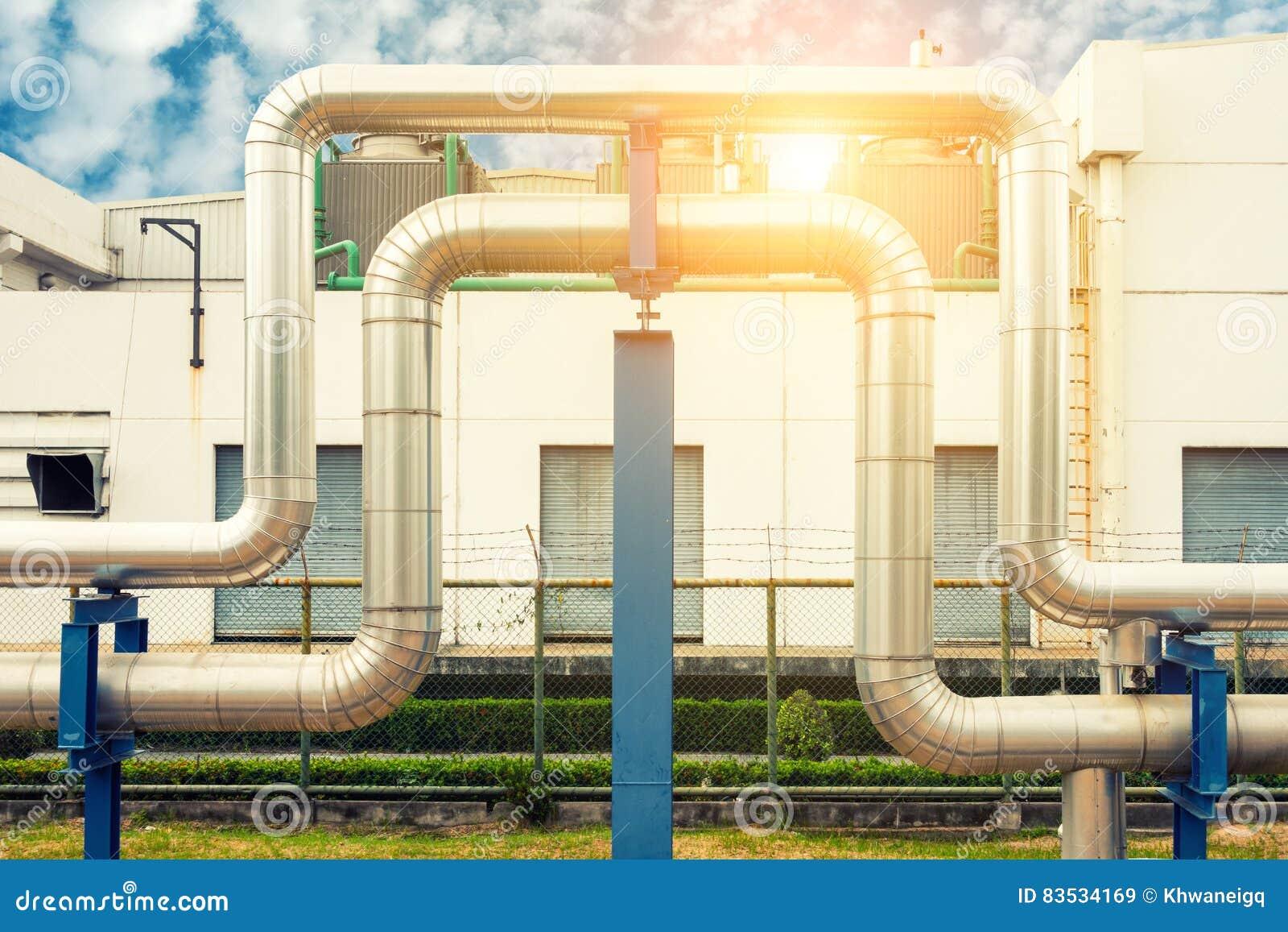 Coloque la tubería del vapor en fondo y sol de la torre de enfriamiento , Tubo del aislamiento