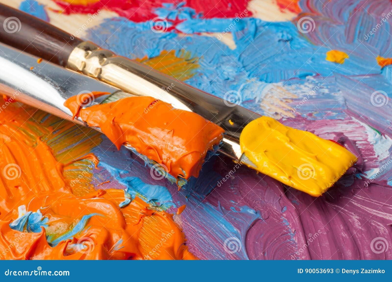 Color palette with multi-colored paints