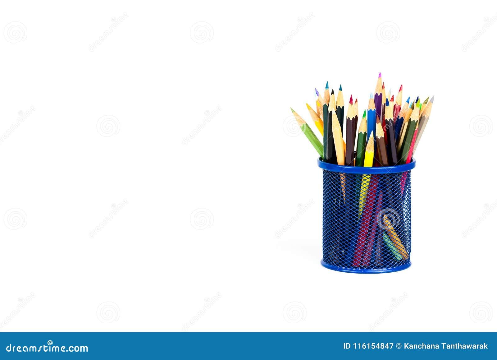 Colora lápis em uma caixa de lápis no fundo branco
