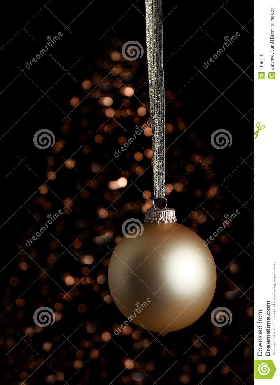 Colored gold ornament