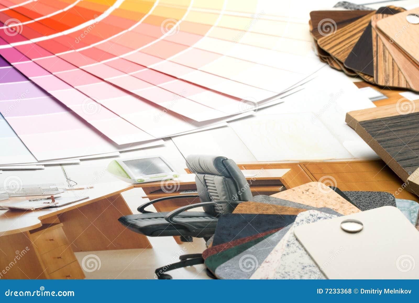 Coloree la guía, las muestras de materiales y el catálogo