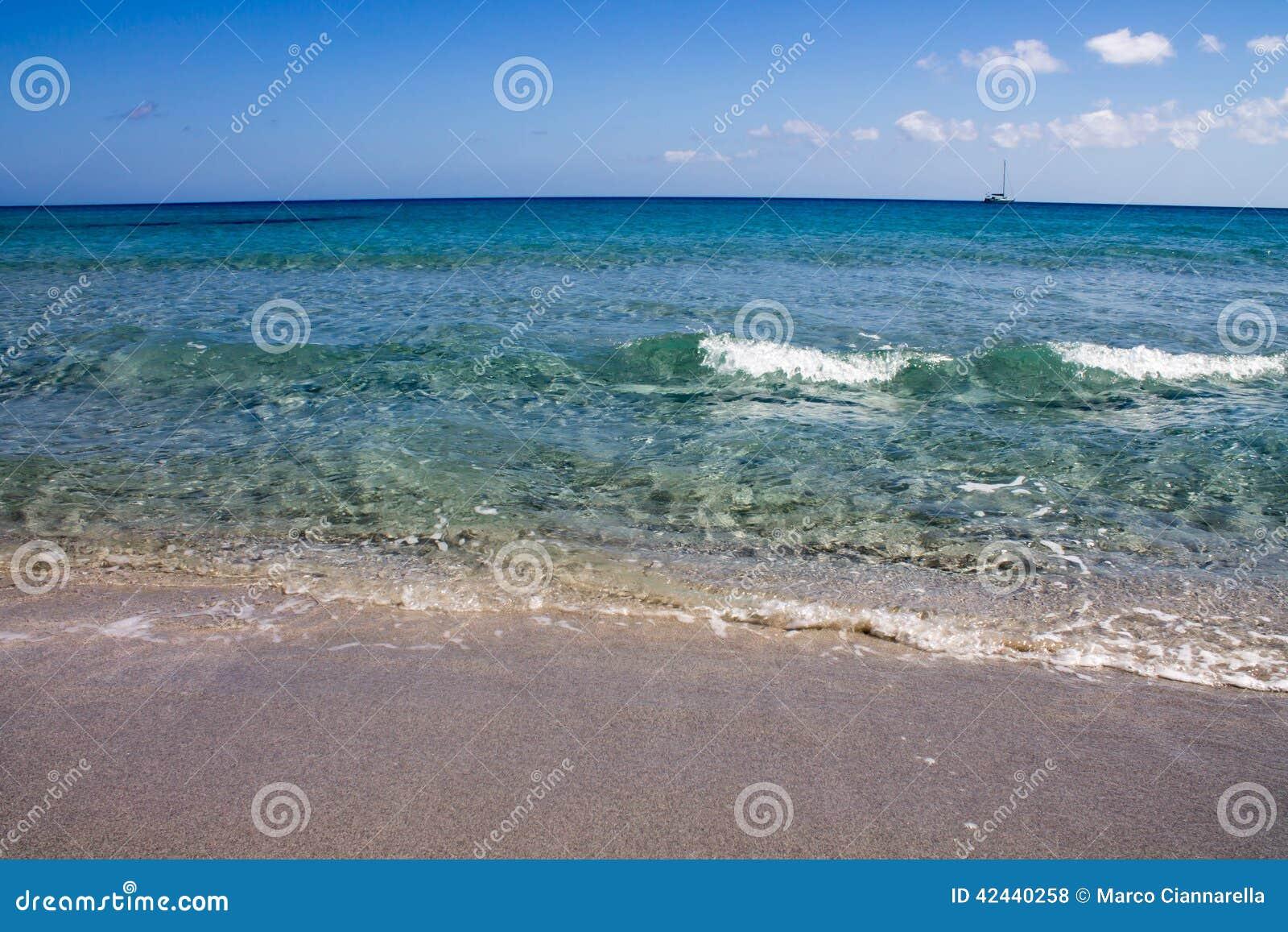 Colores hermosos del mar de Cerdeña