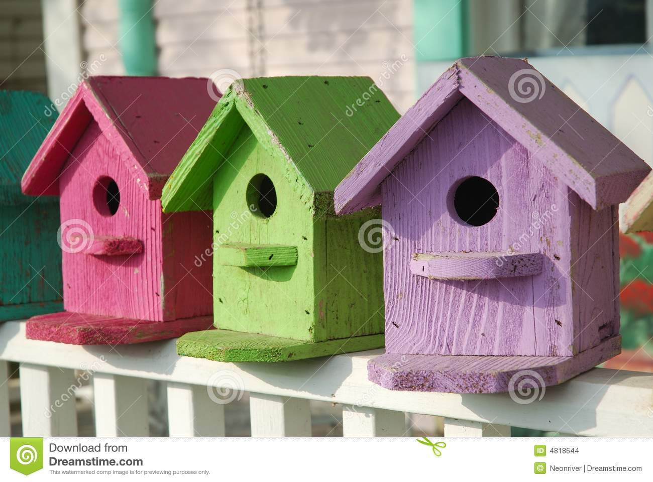 Colorful Painted Birdhouses Crafts