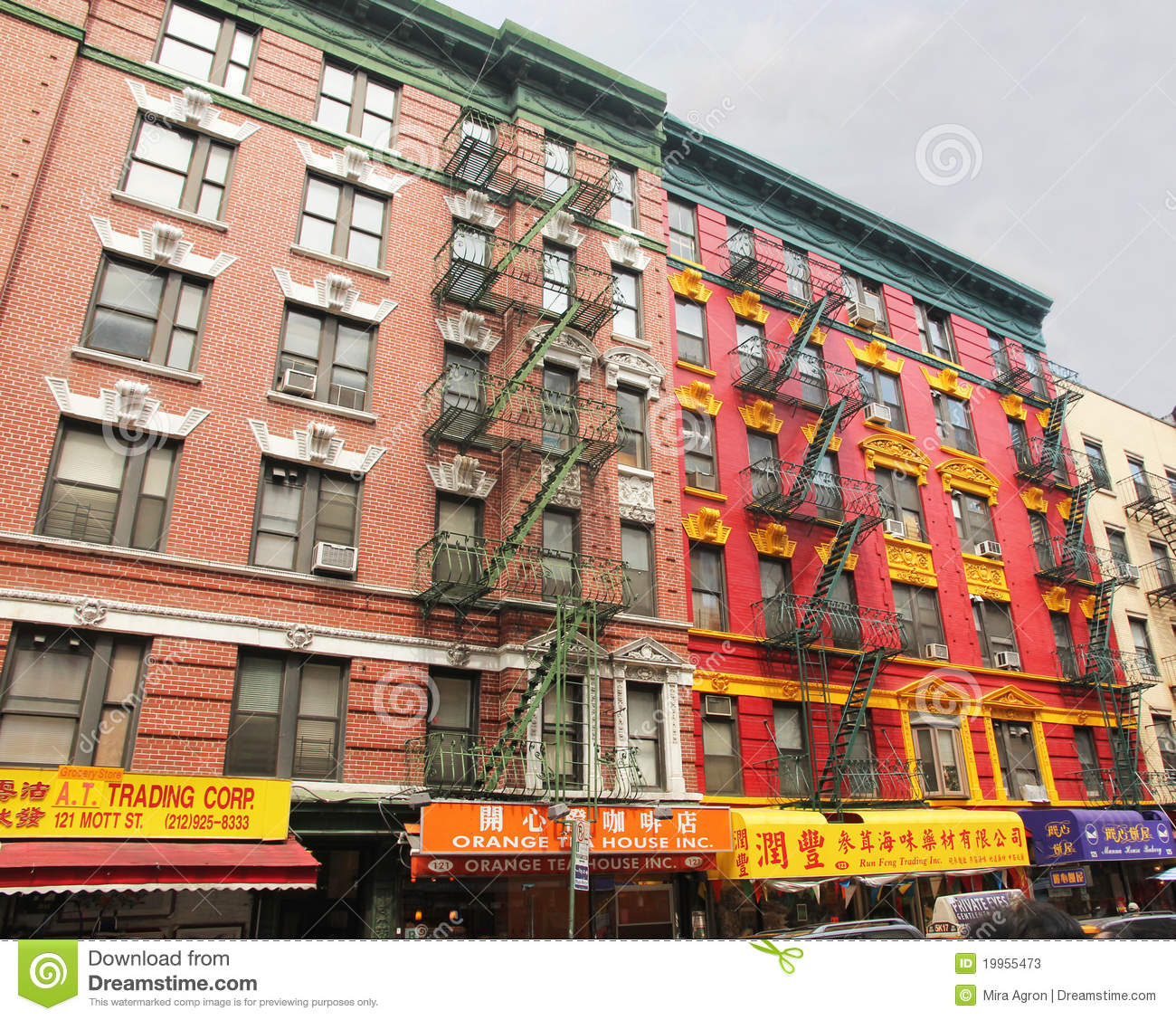 Apartment Building Nyc: Colorful Building In Chinatown. Editorial Stock Photo