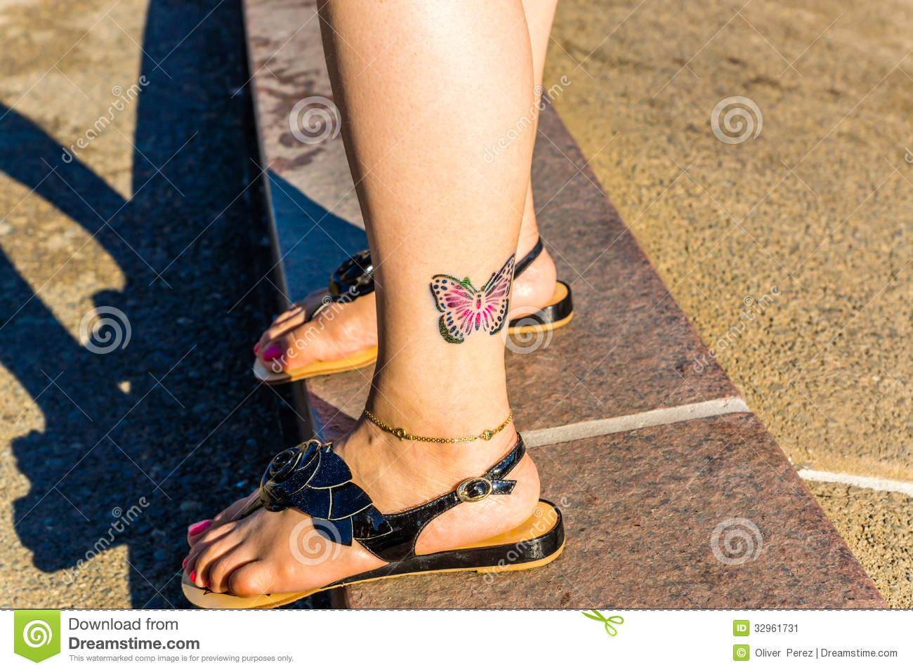 colorful-butterfly-tattoo-ankle-girls-32961731.jpg