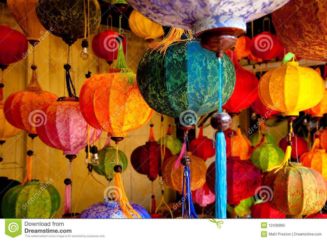 how to use chinese lanterns