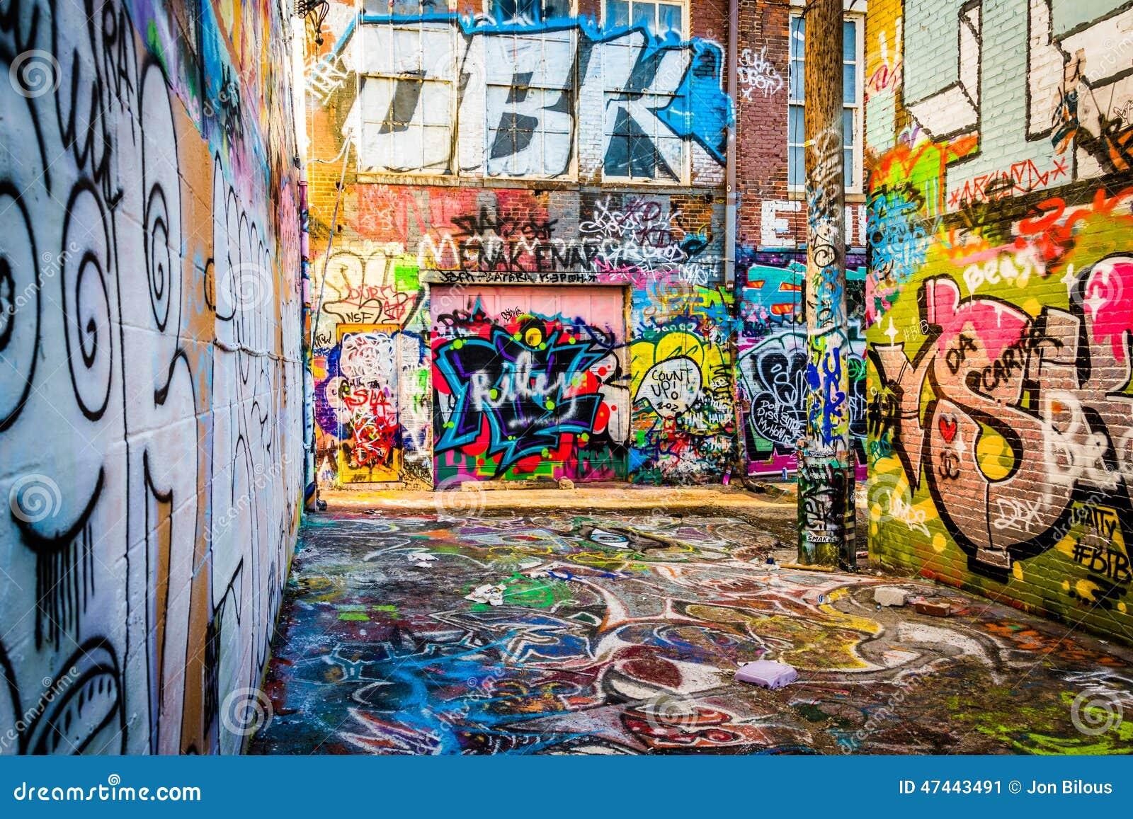 Graffiti wall baltimore - Alley Baltimore Colorful Graffiti
