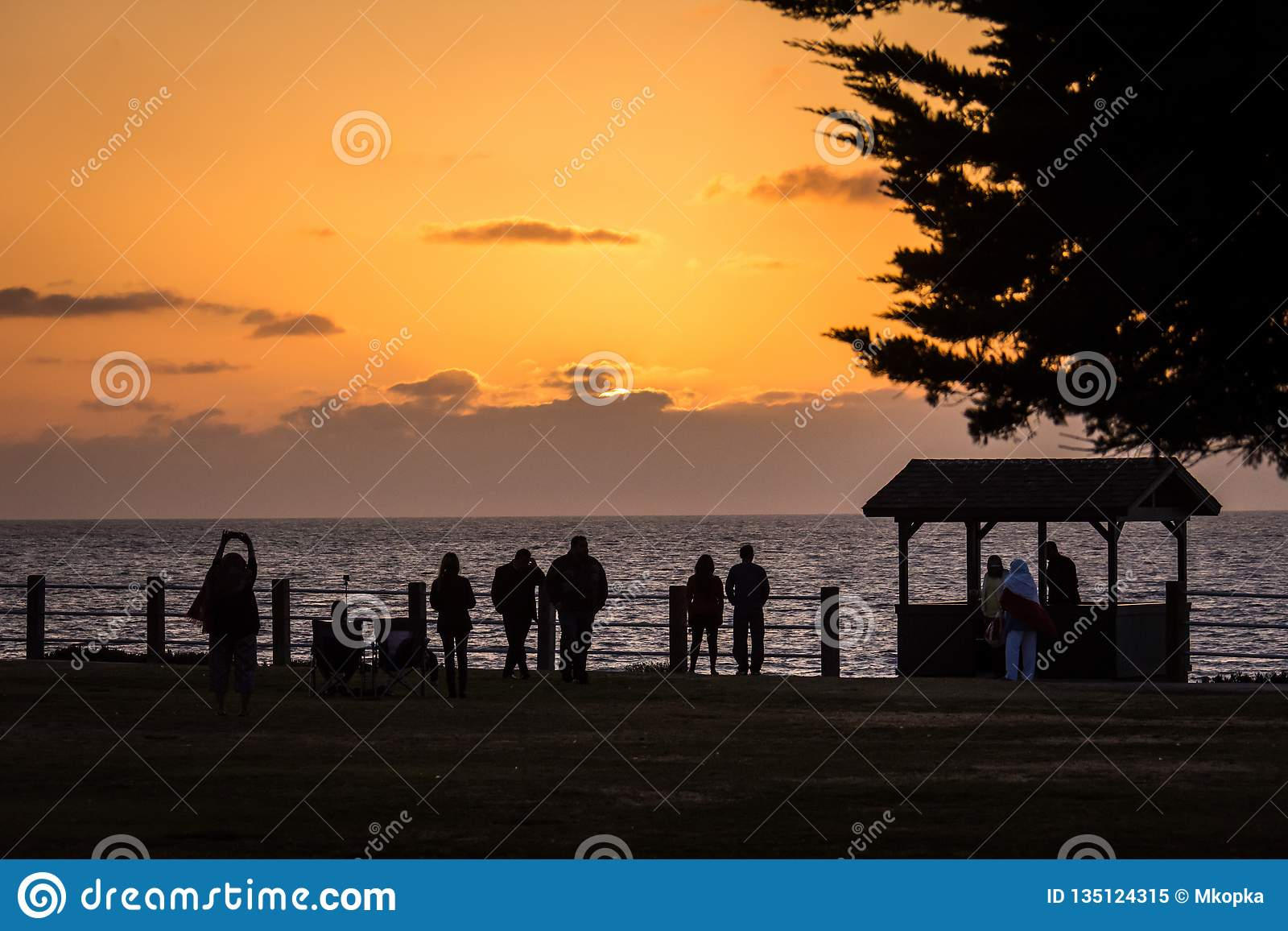 Colorful Orange And Purple Sunset On The Pacific Ocean In La Jolla San Diego California Sihouette Of Tourists Enjoying The Editorial Image Image Of Setting Orange 135124315