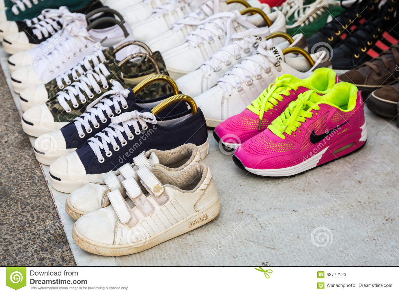Colorful of second hand shoes brands for sale at street - Designermobel second hand ...
