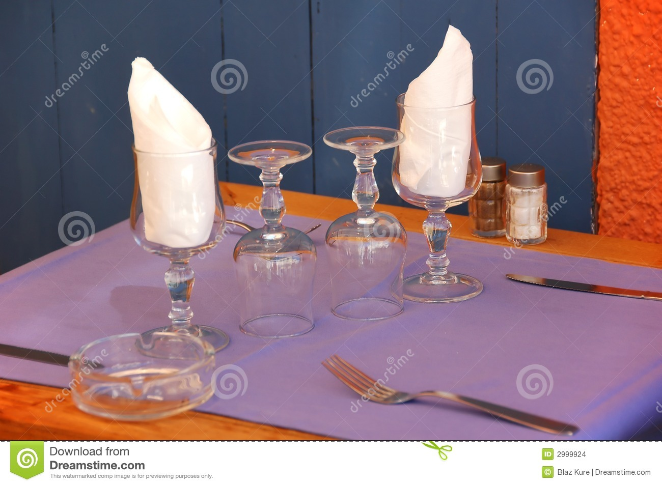 Outdoor Seaside Dining Table Cutlery Setting Royalty
