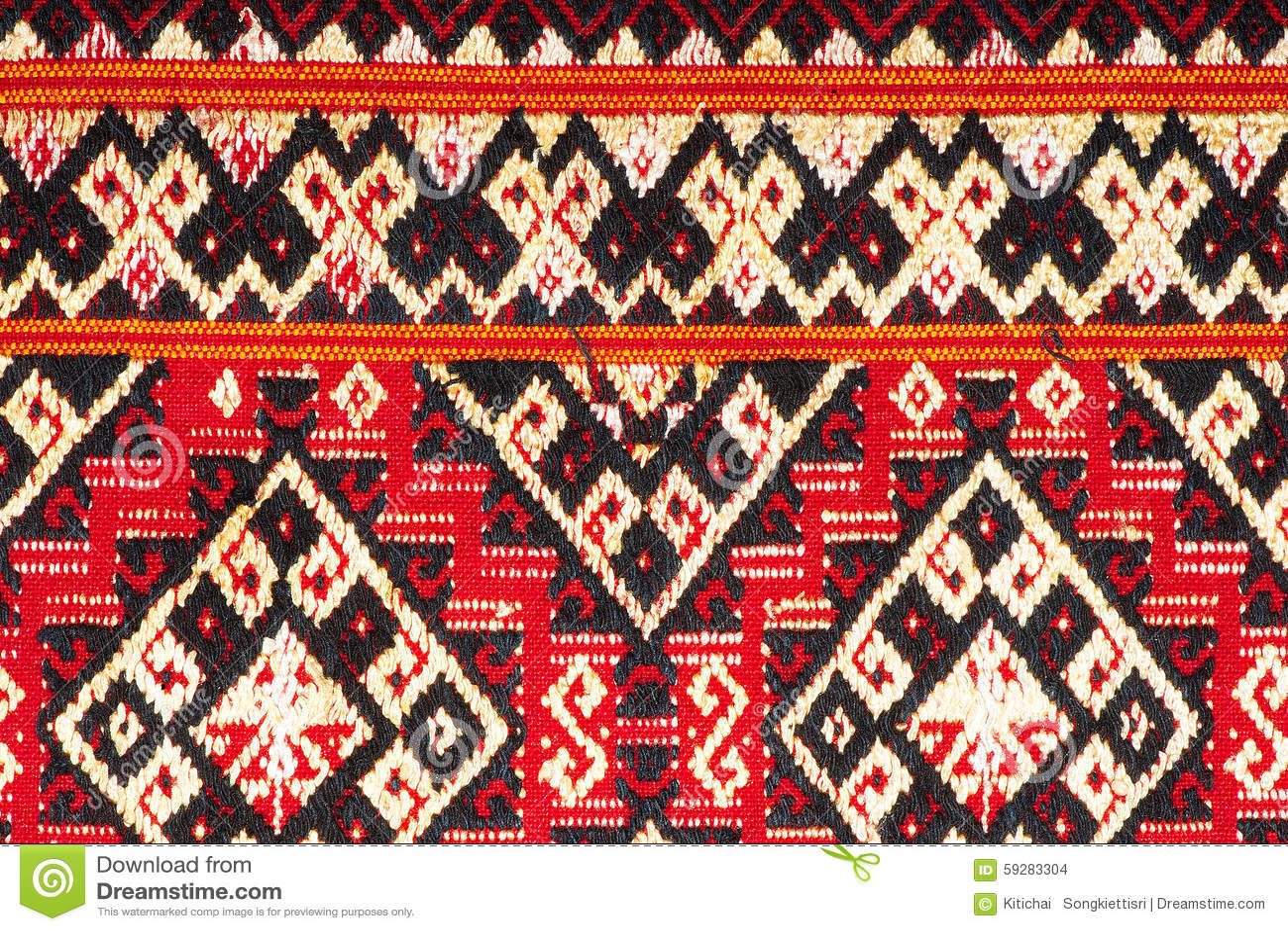 Colorful Thai Silk Handcraft Peruvian Style Rug Surface