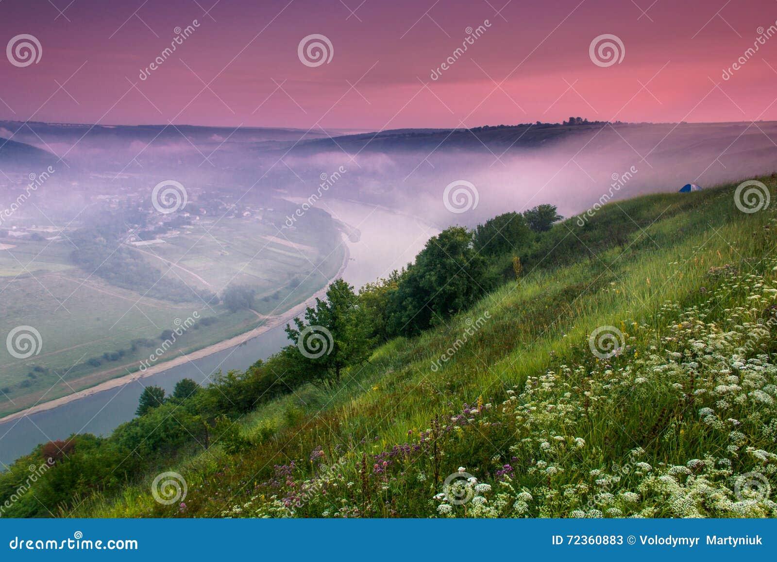 Colorfull日出风景在夏天