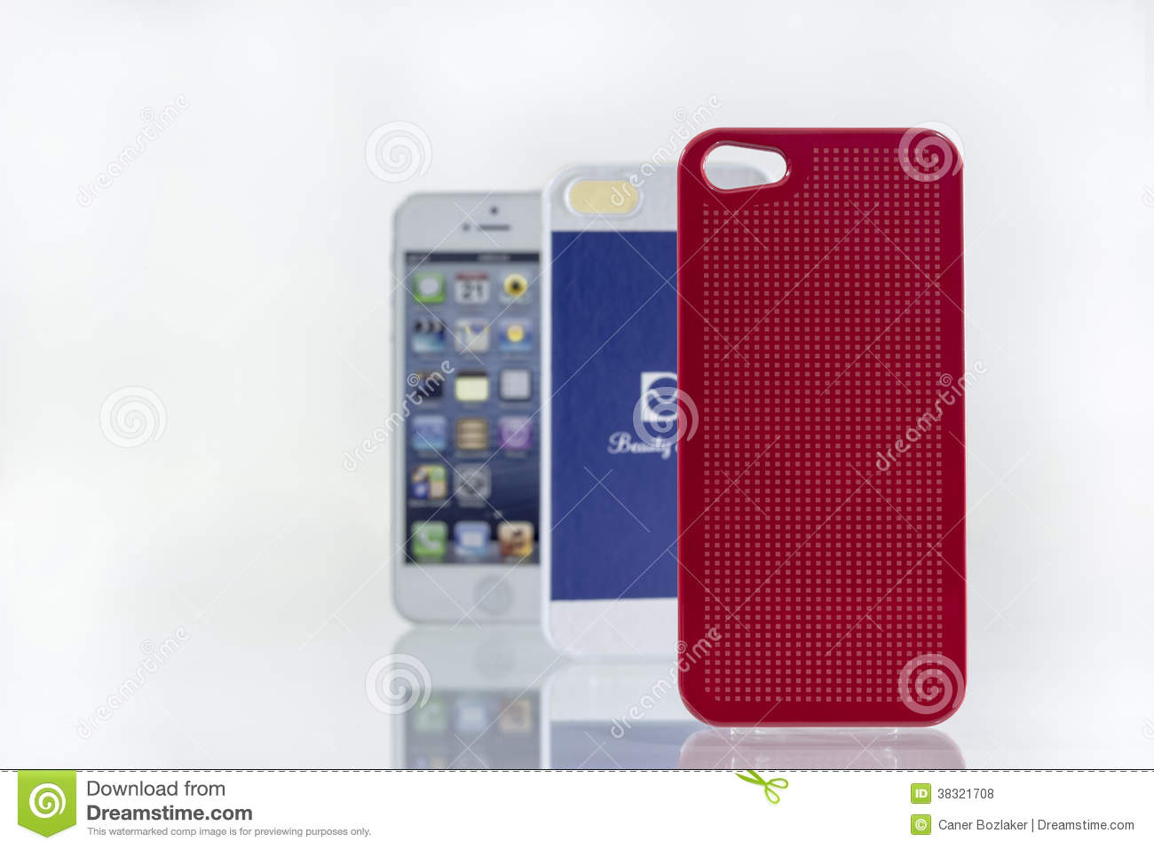 Colorfull cell phone covers and mobile phone editorial for Mobel stylisch