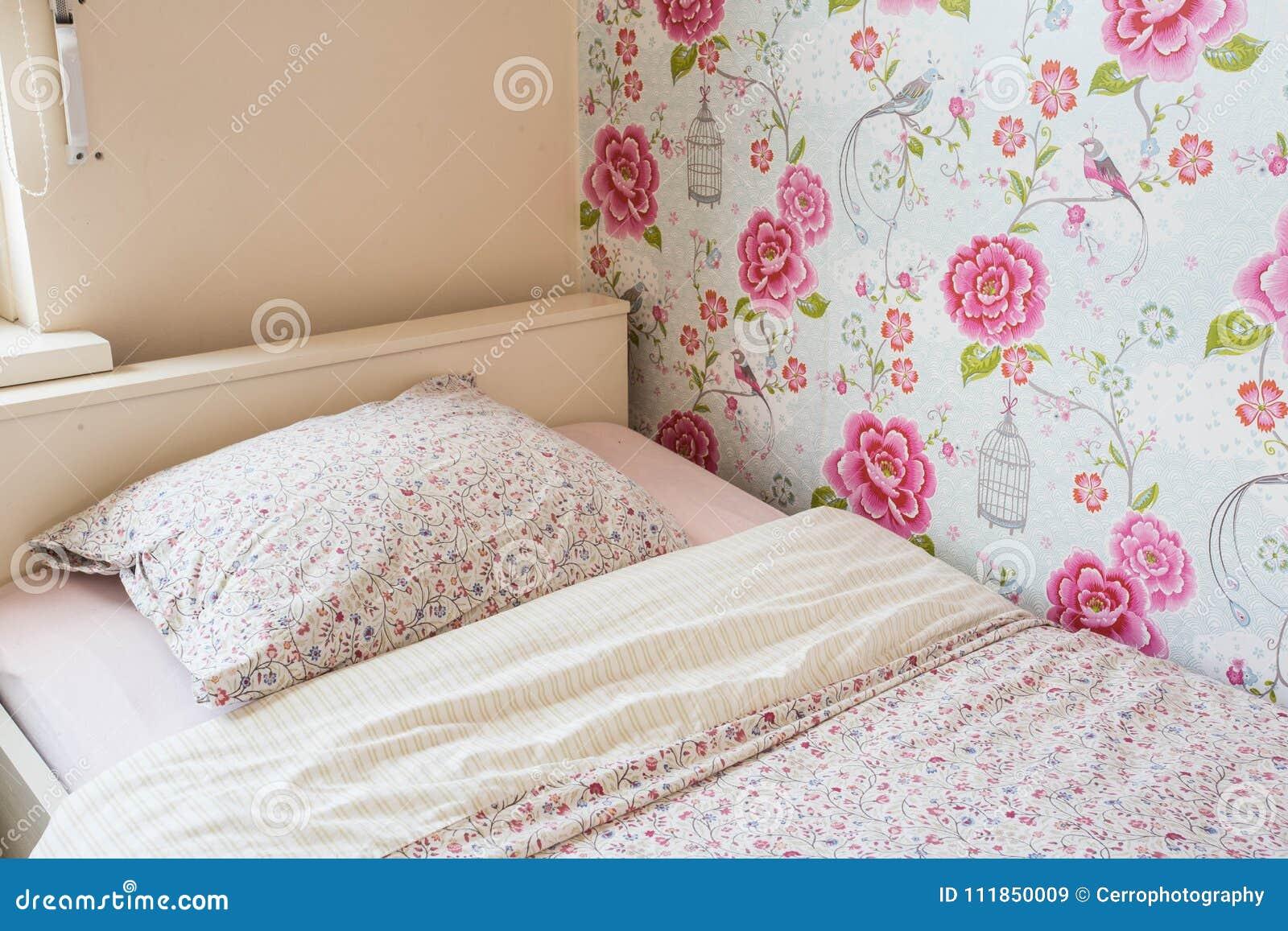 Stanza Da Letto Rosa : Colori di rosa della stanza delle ragazze del letto del bambino