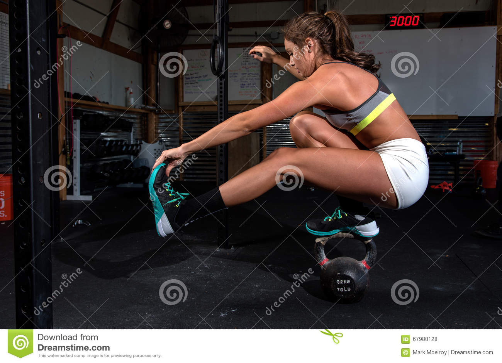 Colori l 39 immagine di una donna atletica in un risolvere - Immagine di lucertola a colori ...