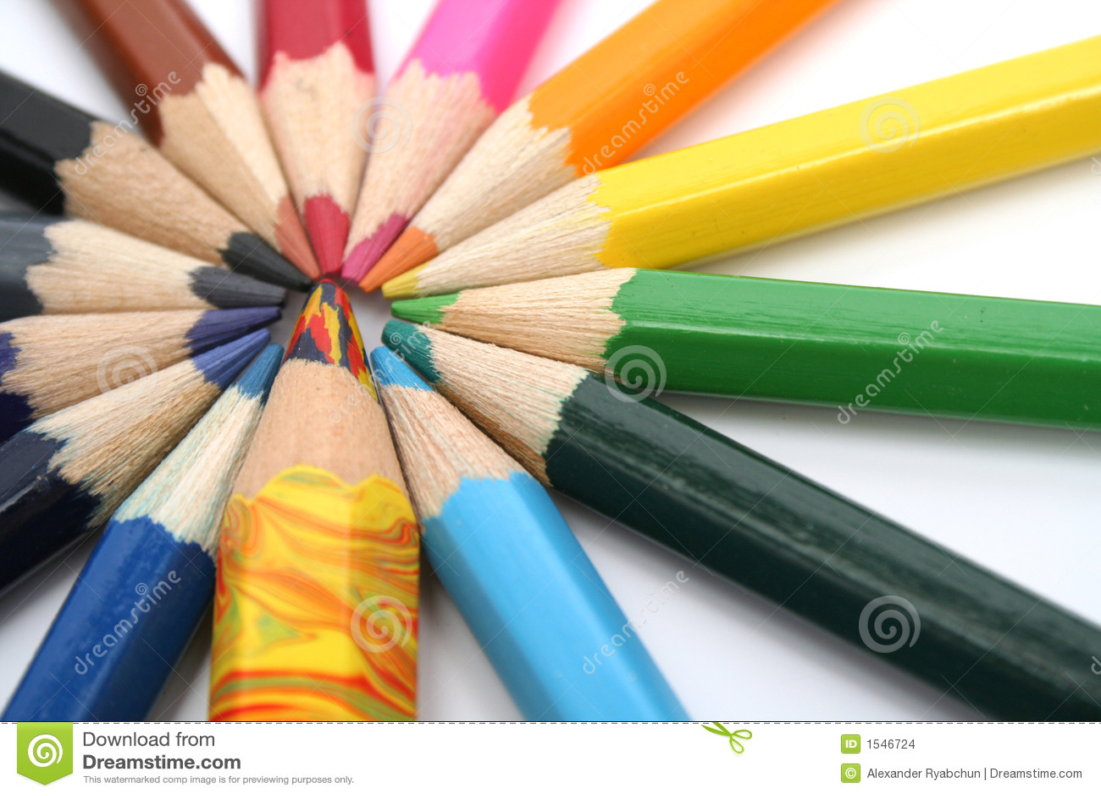 Colori le matite di legno intorno del fratello multicolore - Immagini di tacchini a colori ...