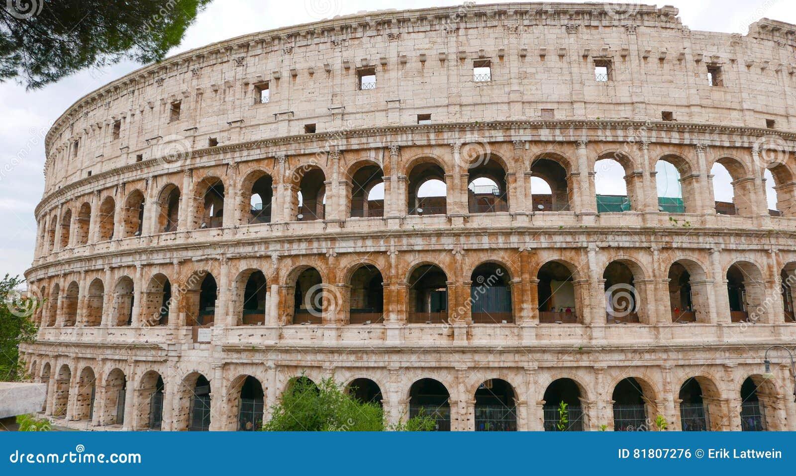 Colosseum в di Roma Рима - Colisseo - туристическая достопримечательность