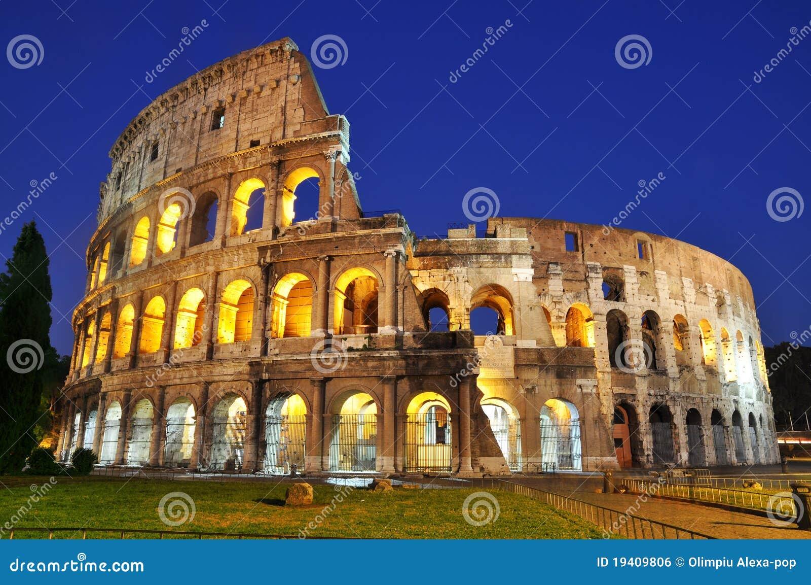 Colosseum an der Dämmerung