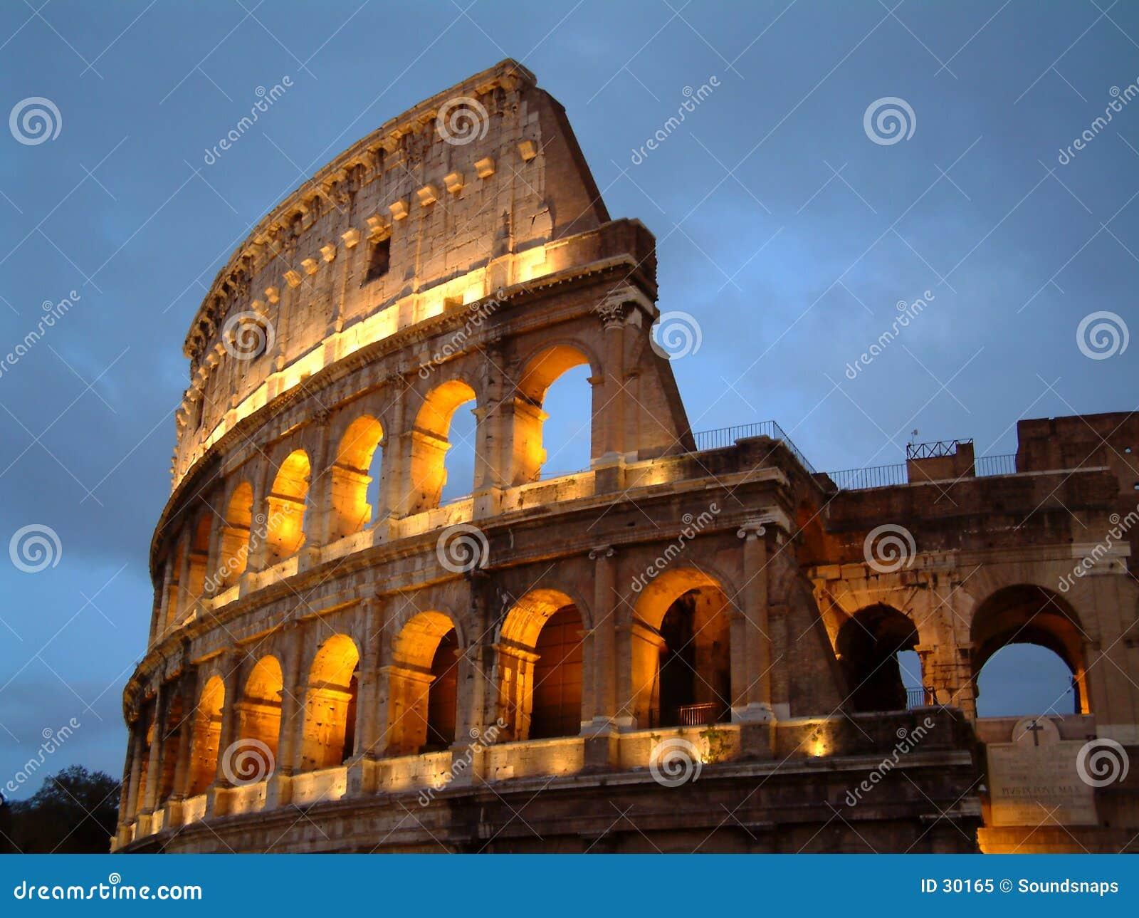 Colosseum en la noche