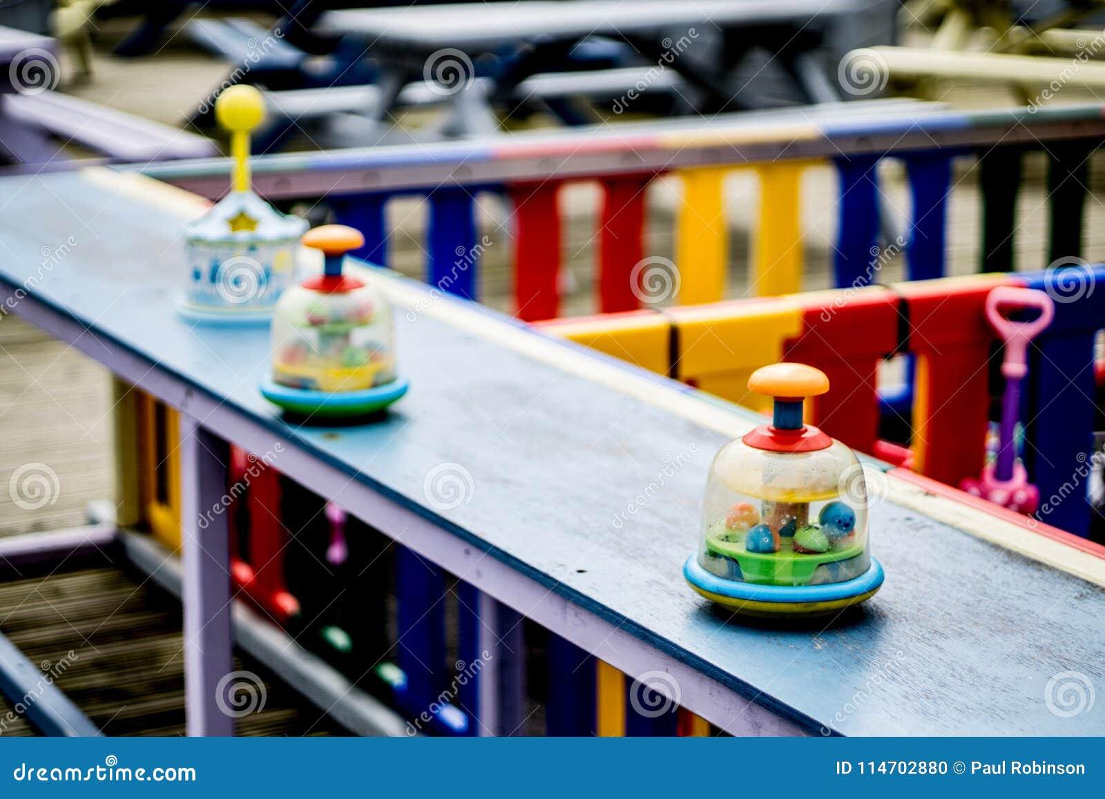 Colourful dziecka ` s sztuki teren z selekcyjną ostrością lokalizować w Sunderland