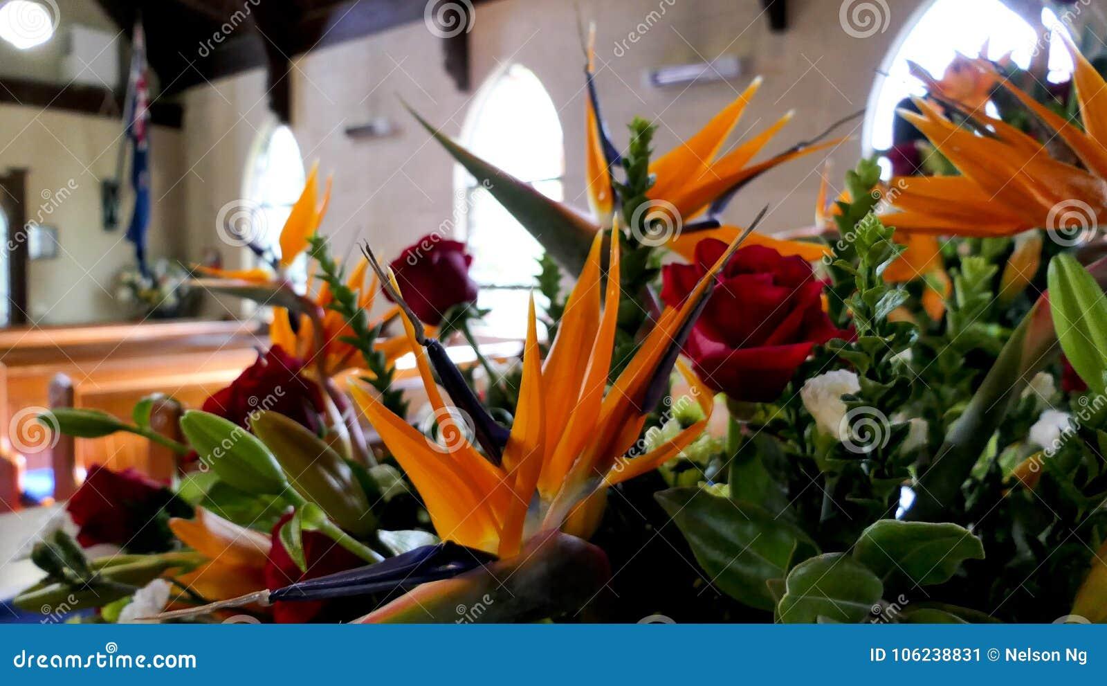 Colpo del fiore & della candela usati per un funerale