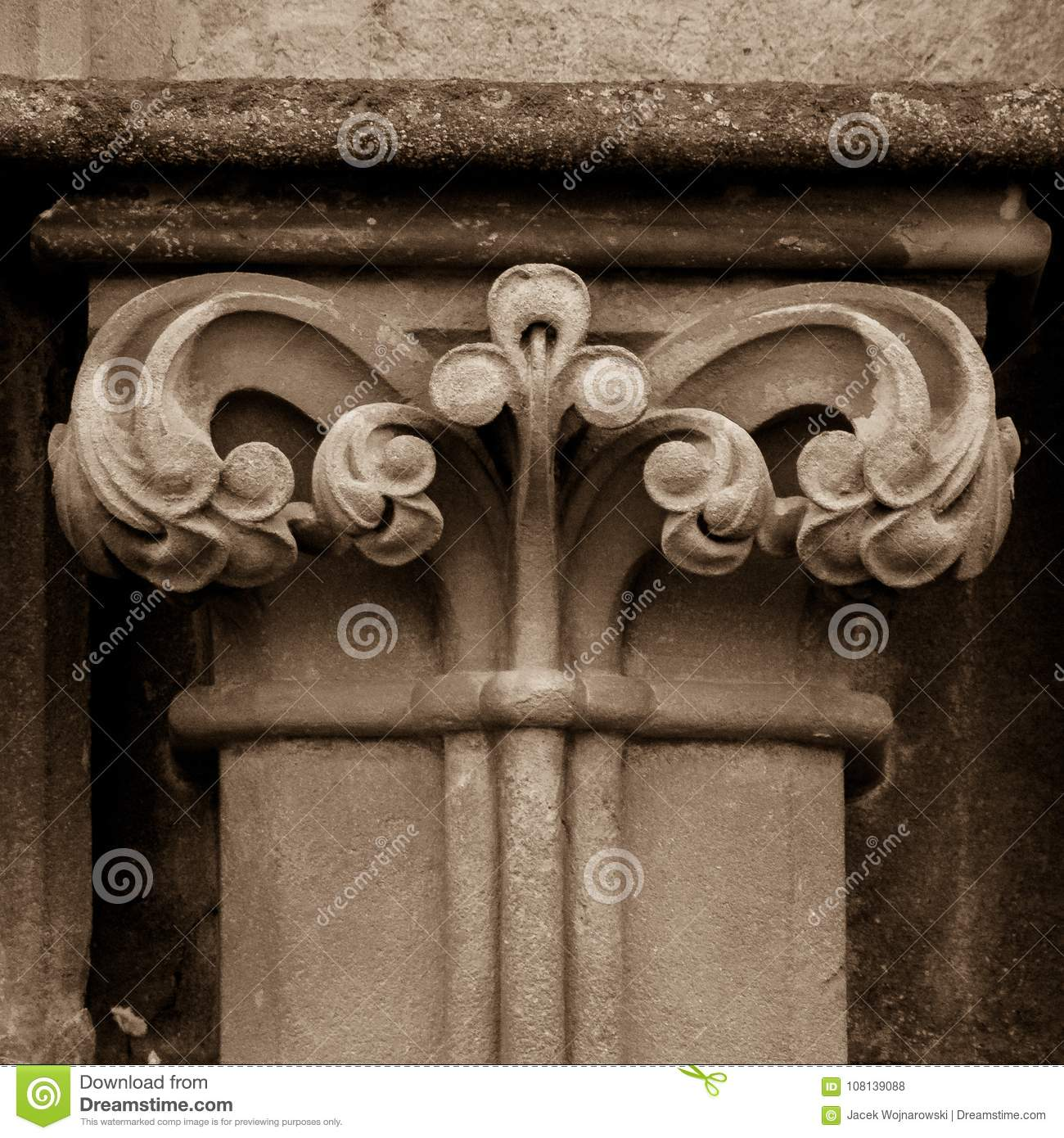 Column Capital P West Facade Of Wells Cathedral Stock Photo Image Of Buildings Focus 108139088
