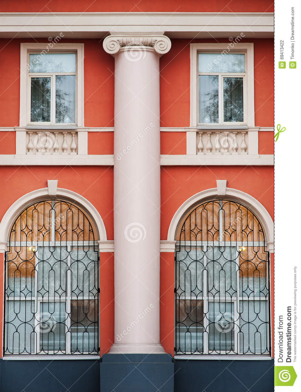 Column In The Old Architectural Building With Windows Stock Photo - Building architectural windows