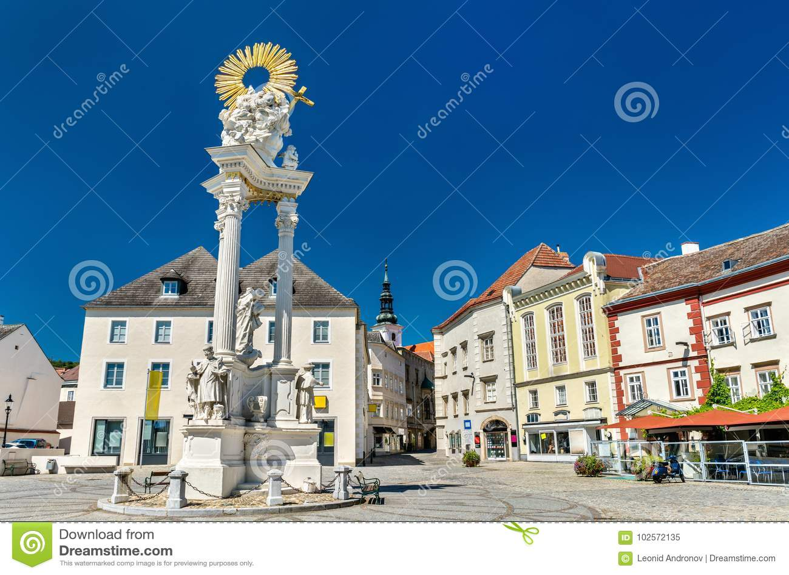 Columna de la trinidad santa en Krems un der Donau, Austria