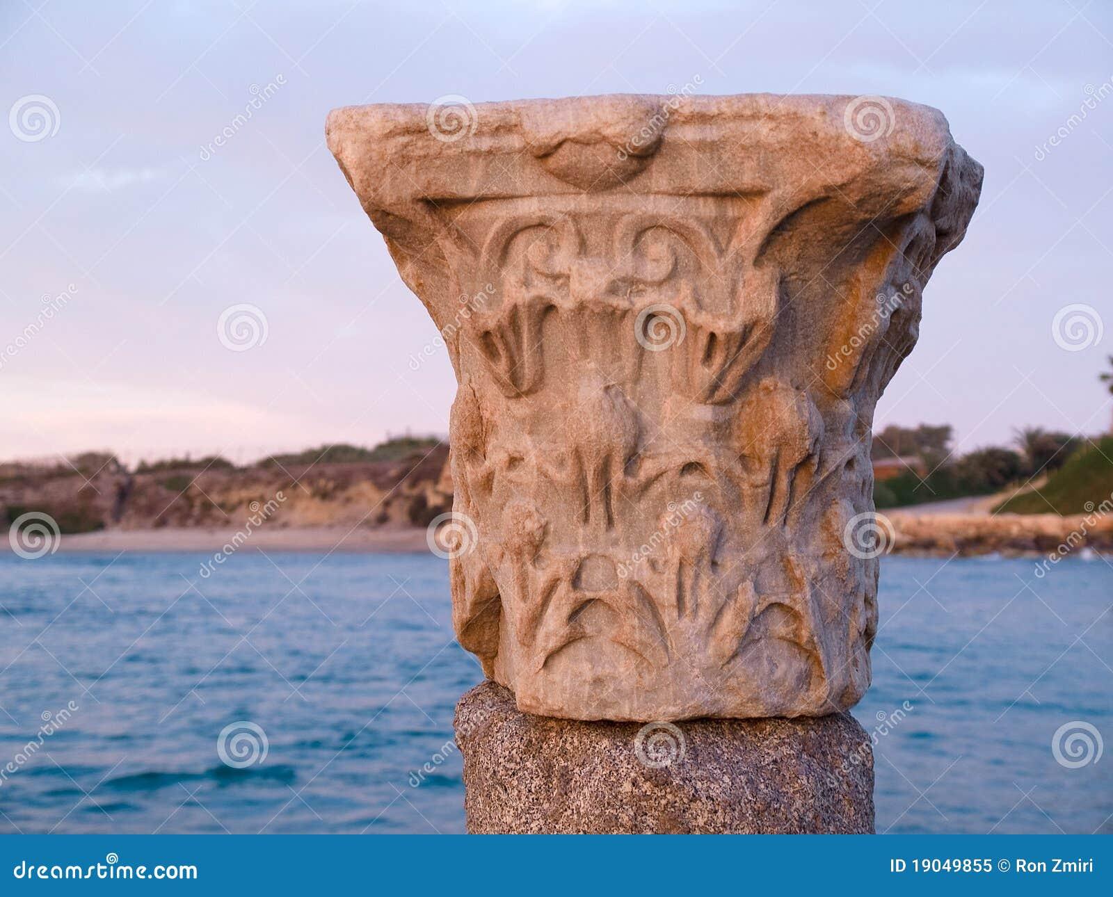 Columna de m rmol cl sica romana griega del corinthian - Columna de marmol ...