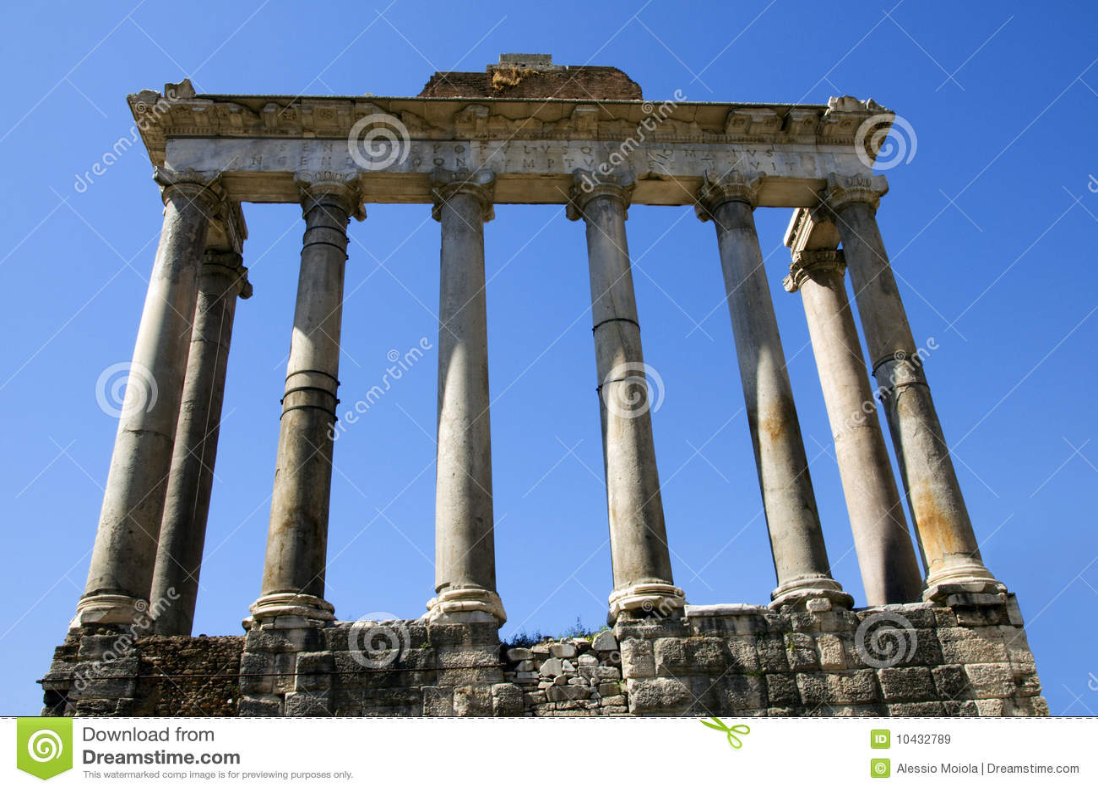 Columnas del templo de Saturno en Roma