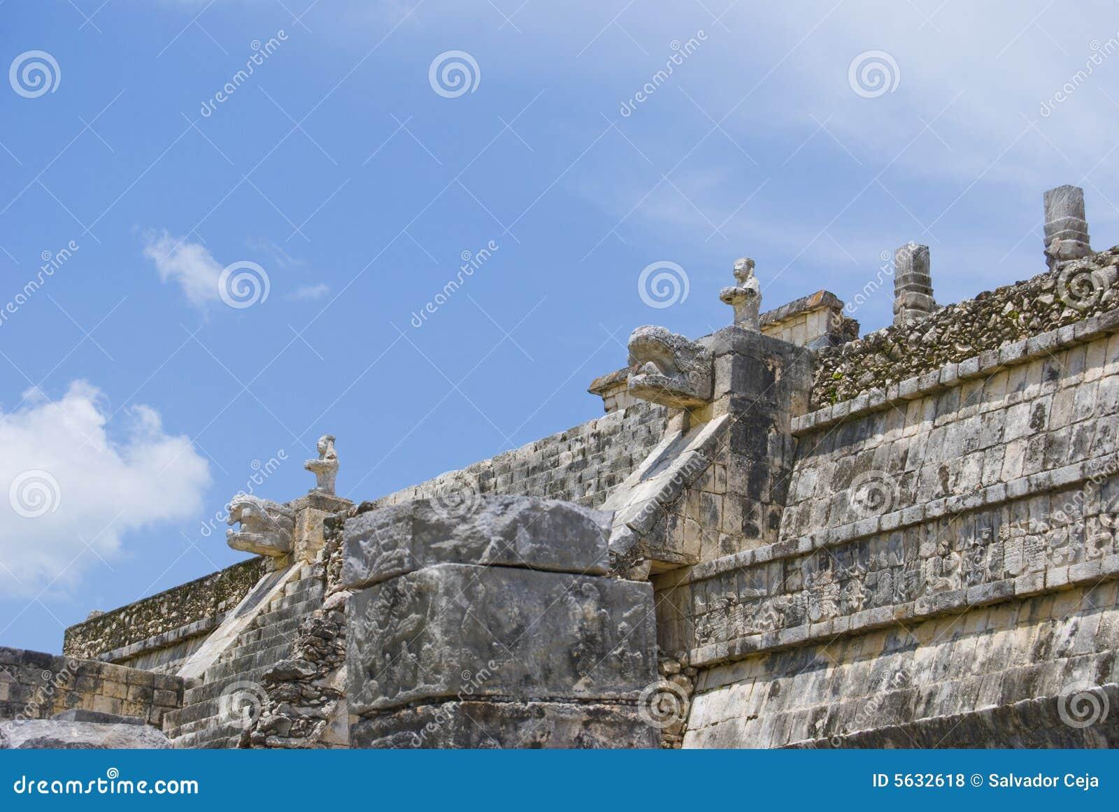 Columnata de Chichen Itza