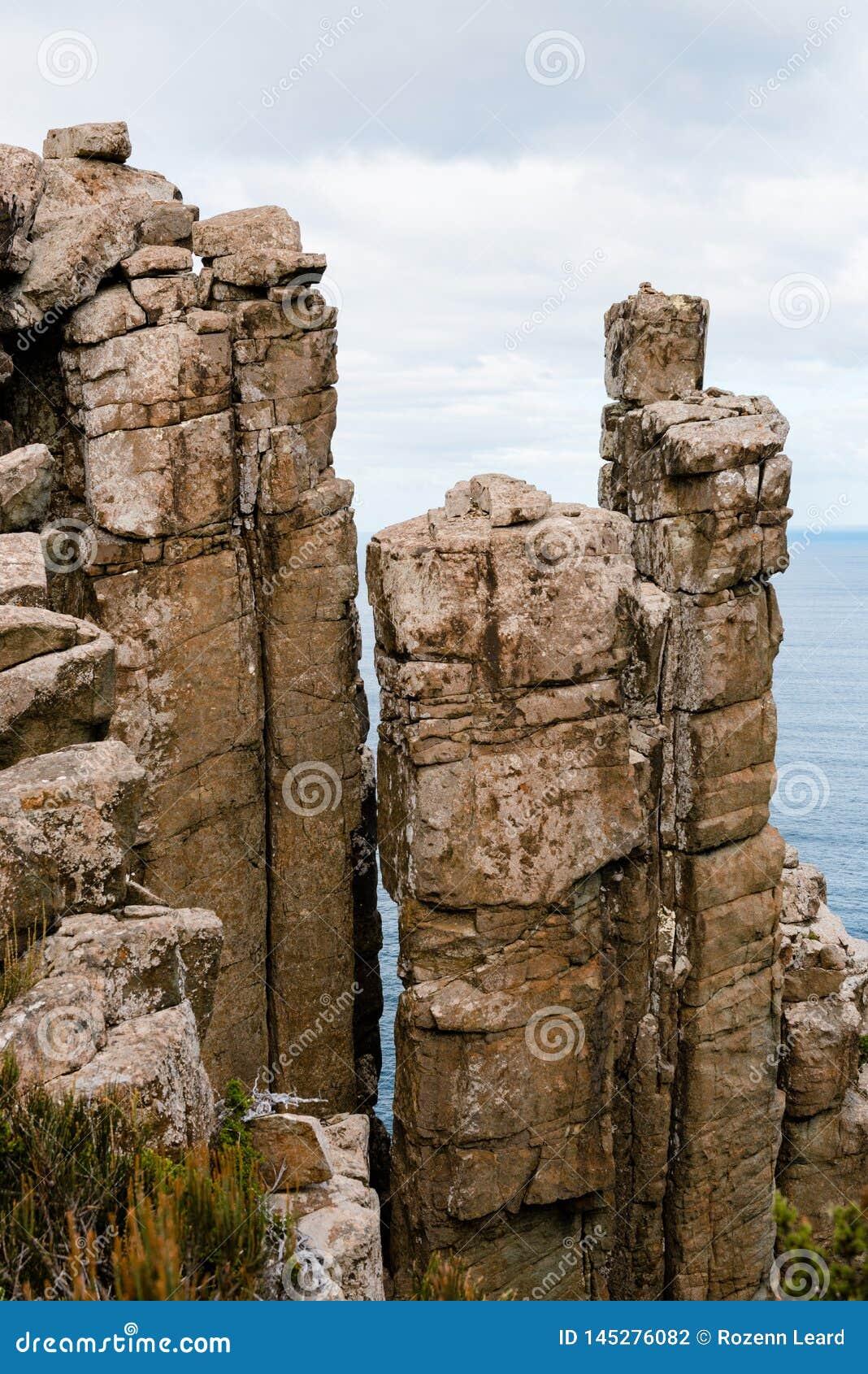 Colunas do Dolerite, coluna do cabo, Tasmânia, Austrália